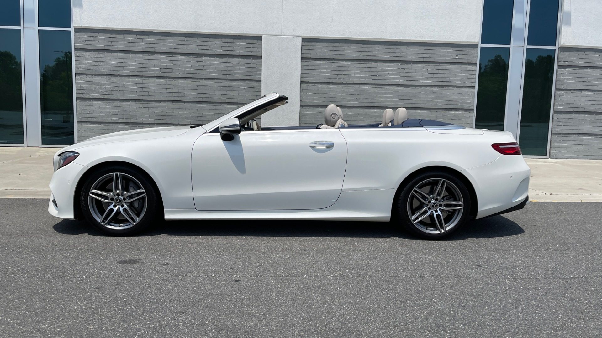 Used 2018 Mercedes-Benz E-CLASS E 400 CABRIOLET / PREM PKG / AMG LINE / NAV / REARVIEW for sale Sold at Formula Imports in Charlotte NC 28227 2
