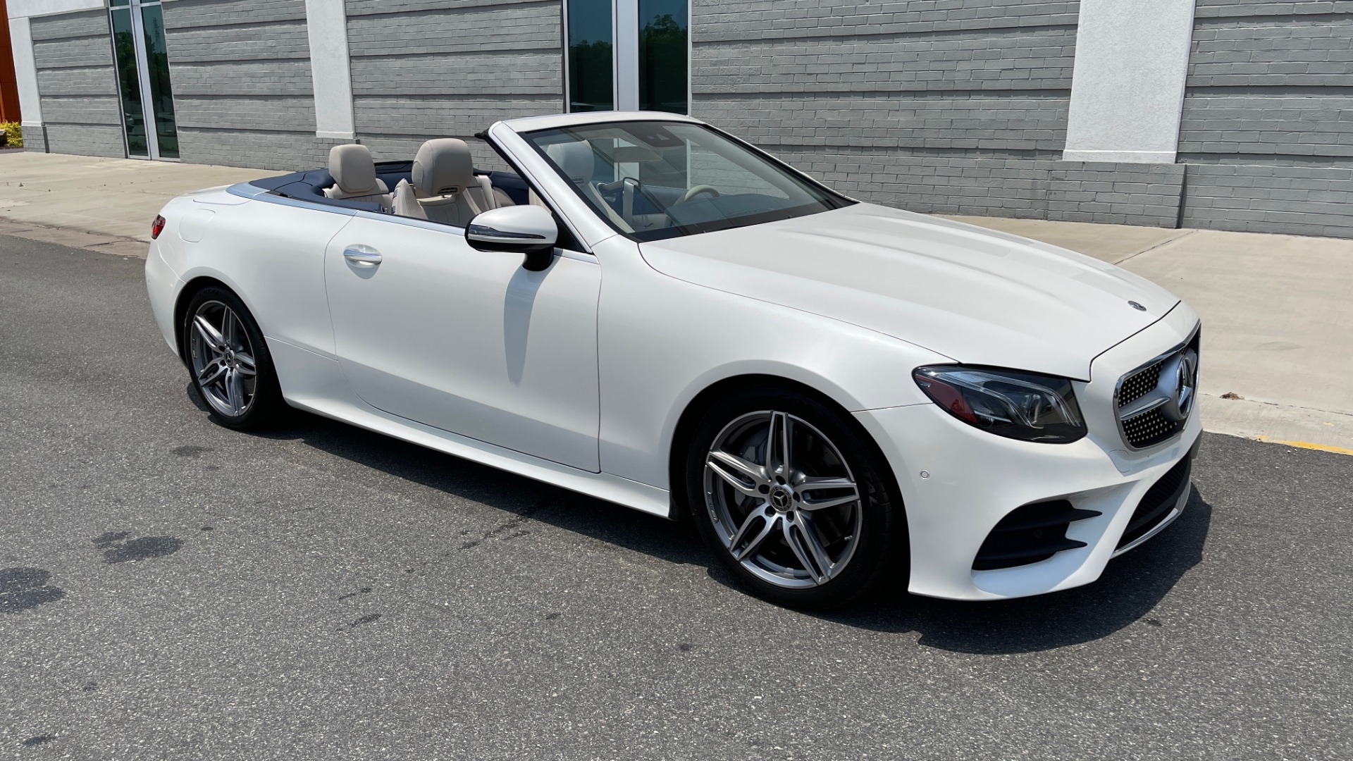 Used 2018 Mercedes-Benz E-CLASS E 400 CABRIOLET / PREM PKG / AMG LINE / NAV / REARVIEW for sale Sold at Formula Imports in Charlotte NC 28227 3