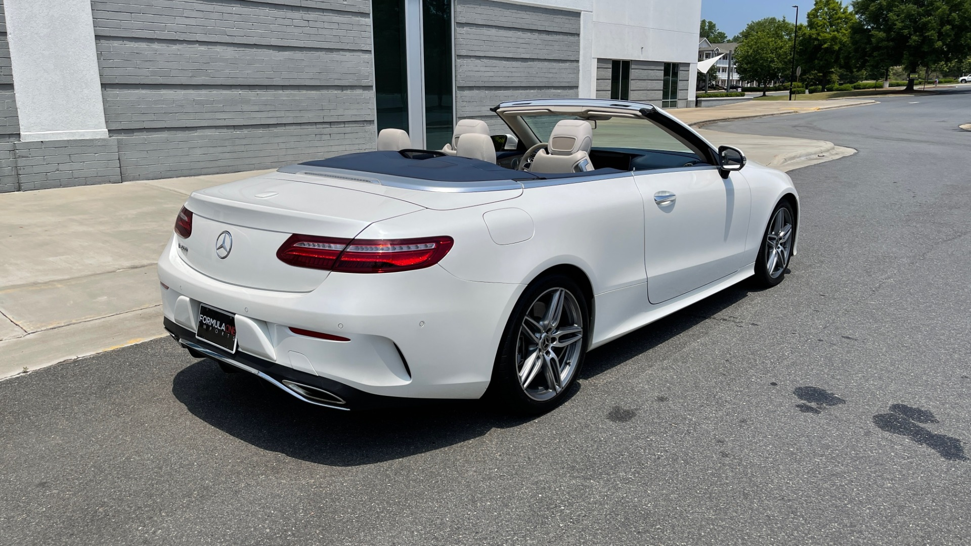 Used 2018 Mercedes-Benz E-CLASS E 400 CABRIOLET / PREM PKG / AMG LINE / NAV / REARVIEW for sale Sold at Formula Imports in Charlotte NC 28227 5
