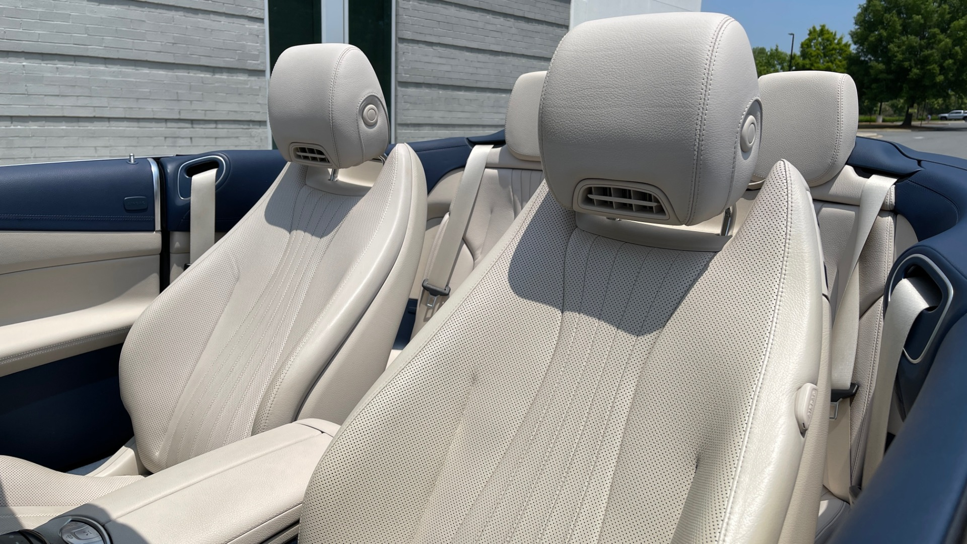 Used 2018 Mercedes-Benz E-CLASS E 400 CABRIOLET / PREM PKG / AMG LINE / NAV / REARVIEW for sale Sold at Formula Imports in Charlotte NC 28227 58