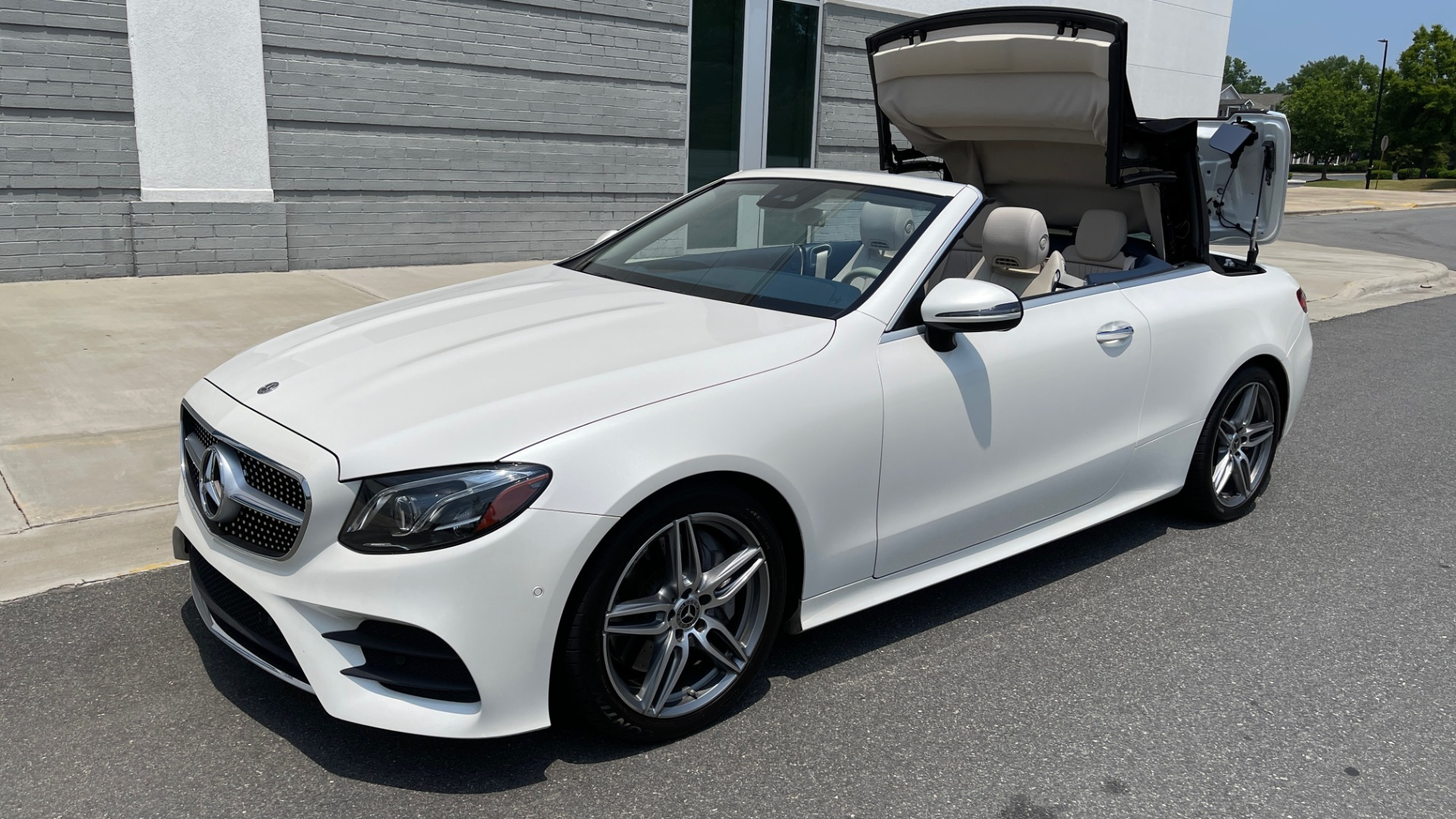 Used 2018 Mercedes-Benz E-CLASS E 400 CABRIOLET / PREM PKG / AMG LINE / NAV / REARVIEW for sale Sold at Formula Imports in Charlotte NC 28227 6