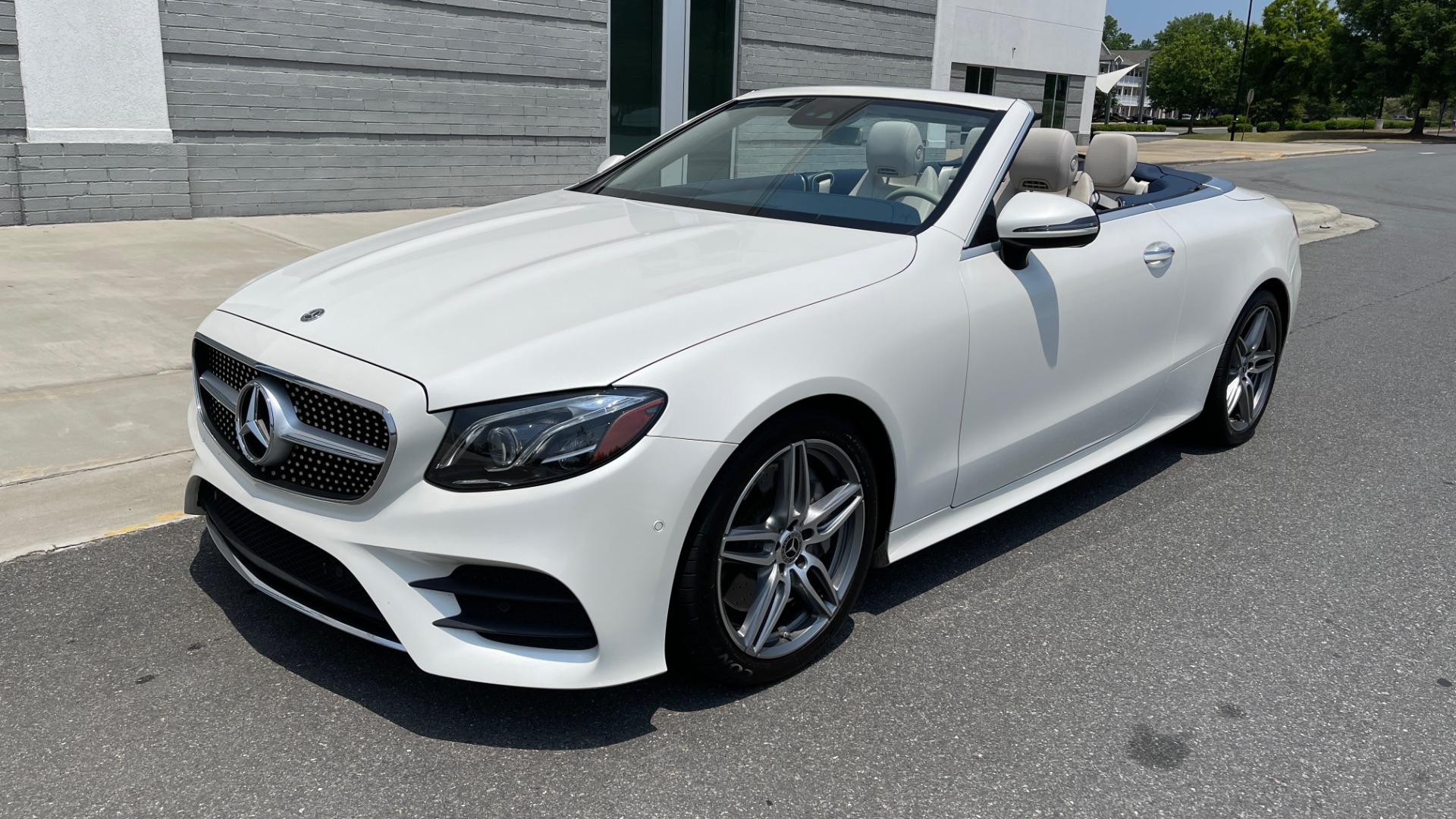 Used 2018 Mercedes-Benz E-CLASS E 400 CABRIOLET / PREM PKG / AMG LINE / NAV / REARVIEW for sale Sold at Formula Imports in Charlotte NC 28227 1