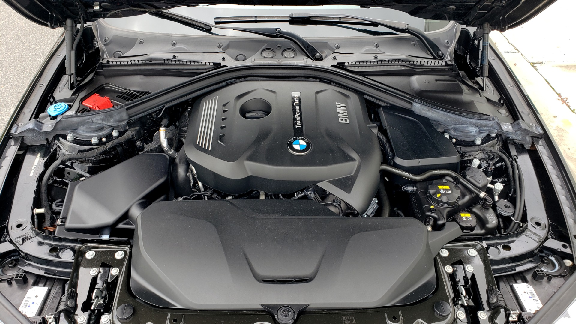 Used 2018 BMW 3 SERIES 330IXDRIVE / CONV PKG / NAV / SUNROOF / HTD STS / REARVIEW for sale $26,552 at Formula Imports in Charlotte NC 28227 13