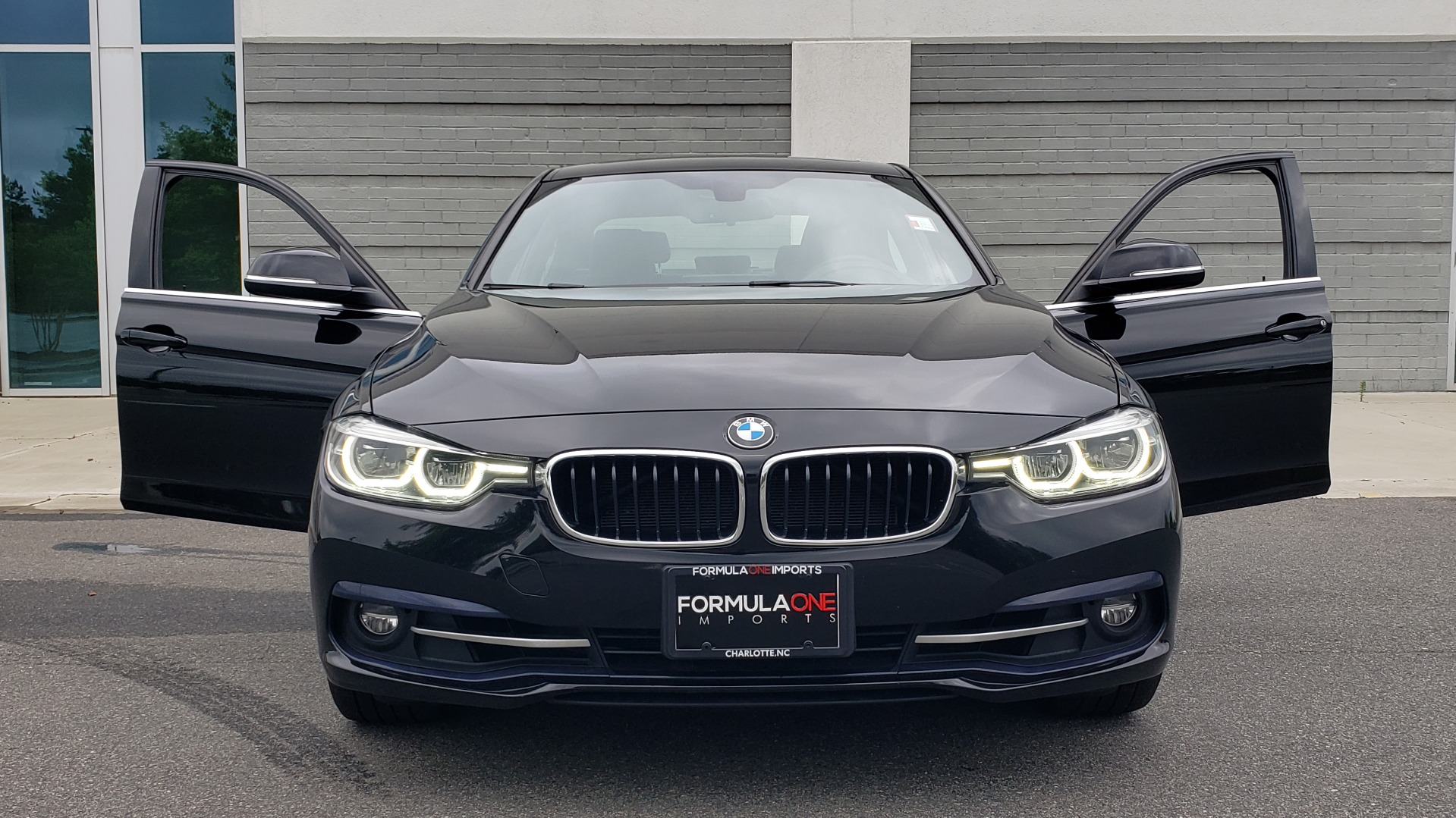 Used 2018 BMW 3 SERIES 330IXDRIVE / CONV PKG / NAV / SUNROOF / HTD STS / REARVIEW for sale $26,552 at Formula Imports in Charlotte NC 28227 19