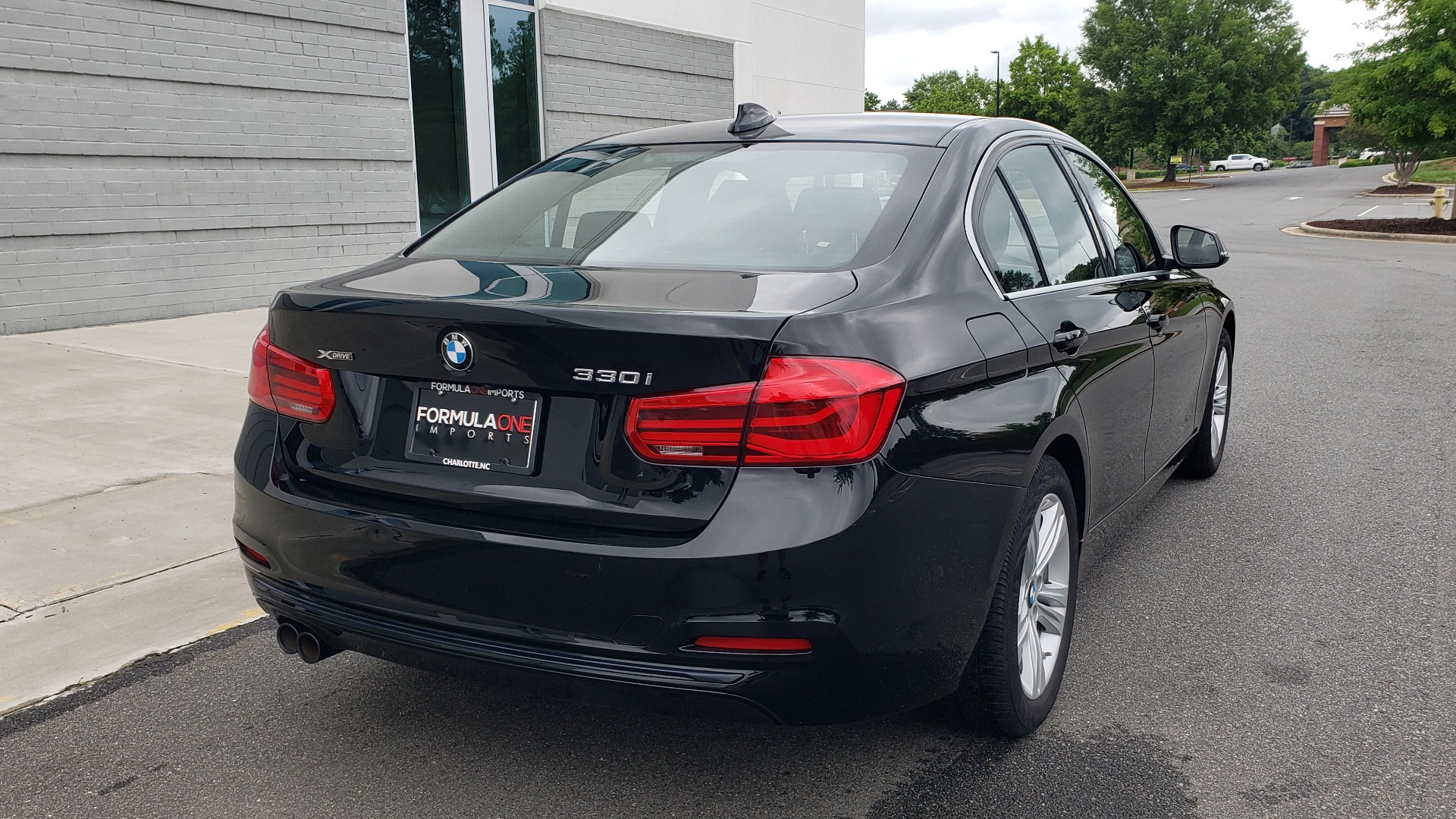 Used 2018 BMW 3 SERIES 330IXDRIVE / CONV PKG / NAV / SUNROOF / HTD STS / REARVIEW for sale $26,552 at Formula Imports in Charlotte NC 28227 2