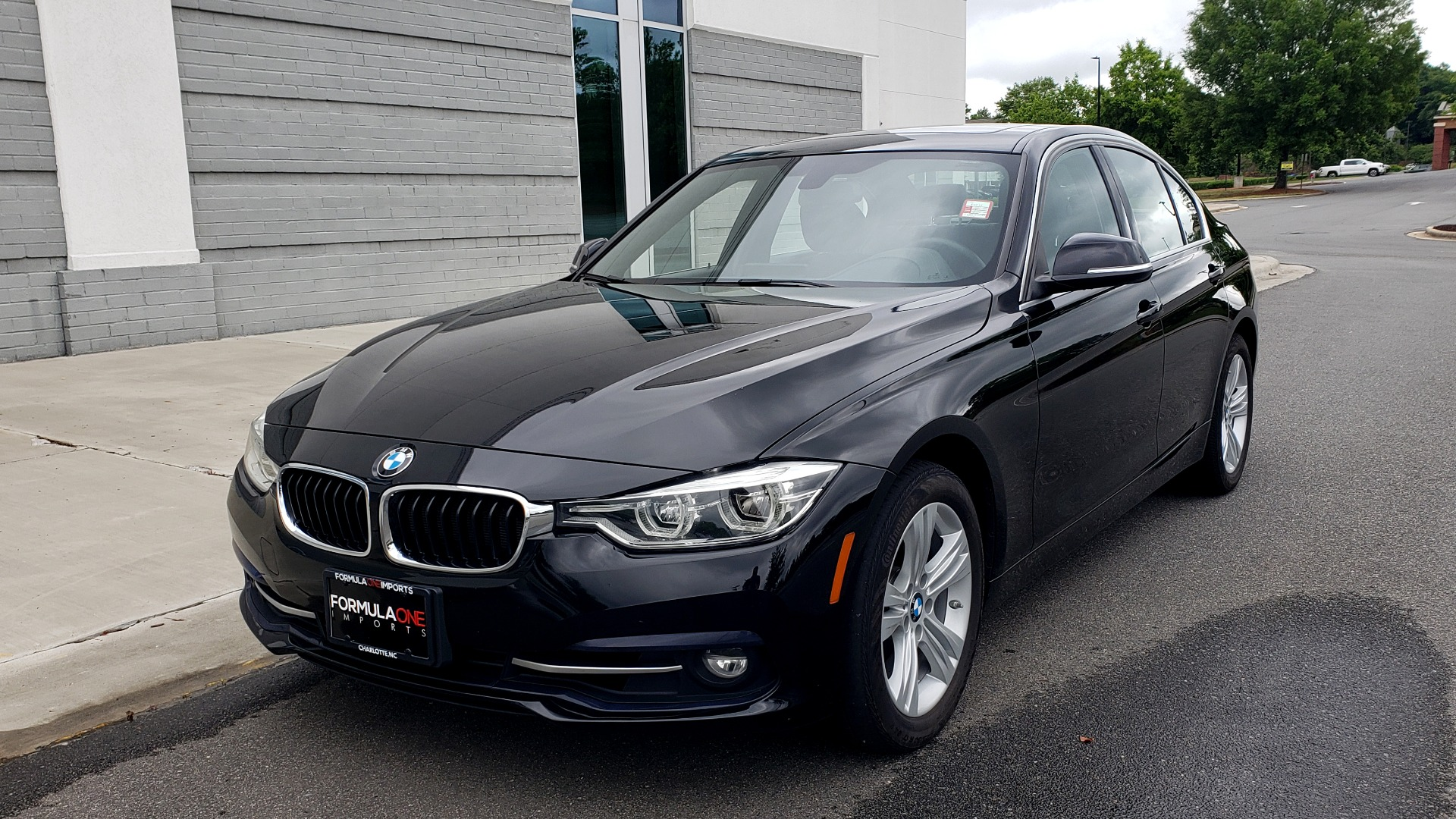Used 2018 BMW 3 SERIES 330IXDRIVE / CONV PKG / NAV / SUNROOF / HTD STS / REARVIEW for sale $26,552 at Formula Imports in Charlotte NC 28227 3