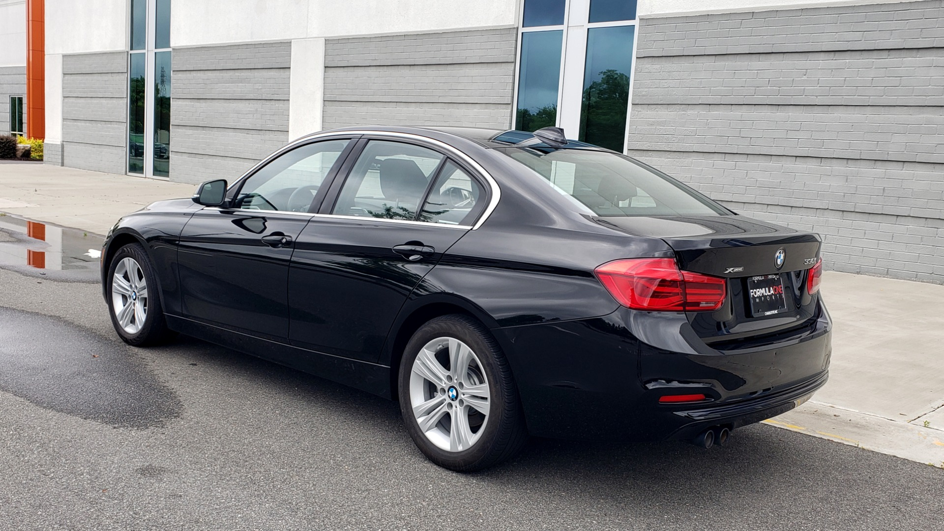 Used 2018 BMW 3 SERIES 330IXDRIVE / CONV PKG / NAV / SUNROOF / HTD STS / REARVIEW for sale $26,552 at Formula Imports in Charlotte NC 28227 6