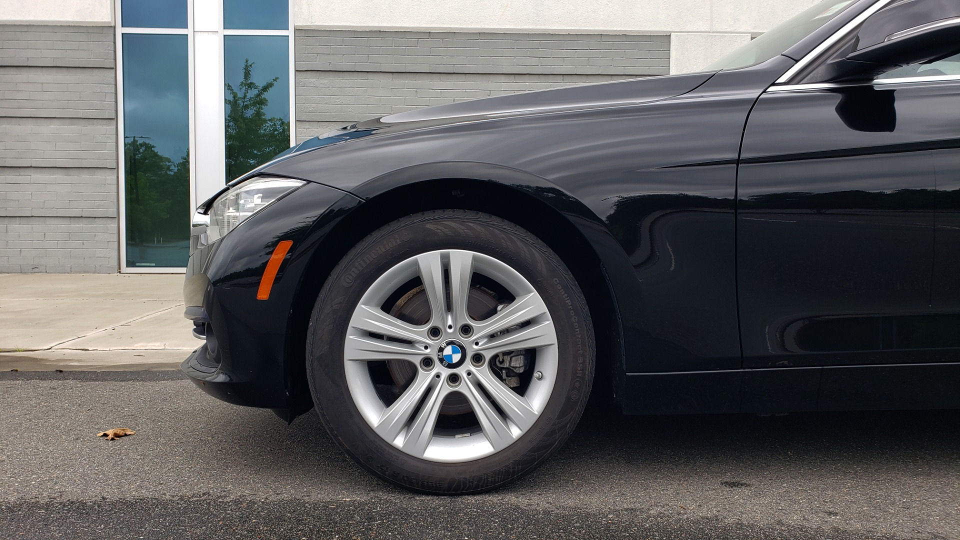 Used 2018 BMW 3 SERIES 330IXDRIVE / CONV PKG / NAV / SUNROOF / HTD STS / REARVIEW for sale $26,552 at Formula Imports in Charlotte NC 28227 77