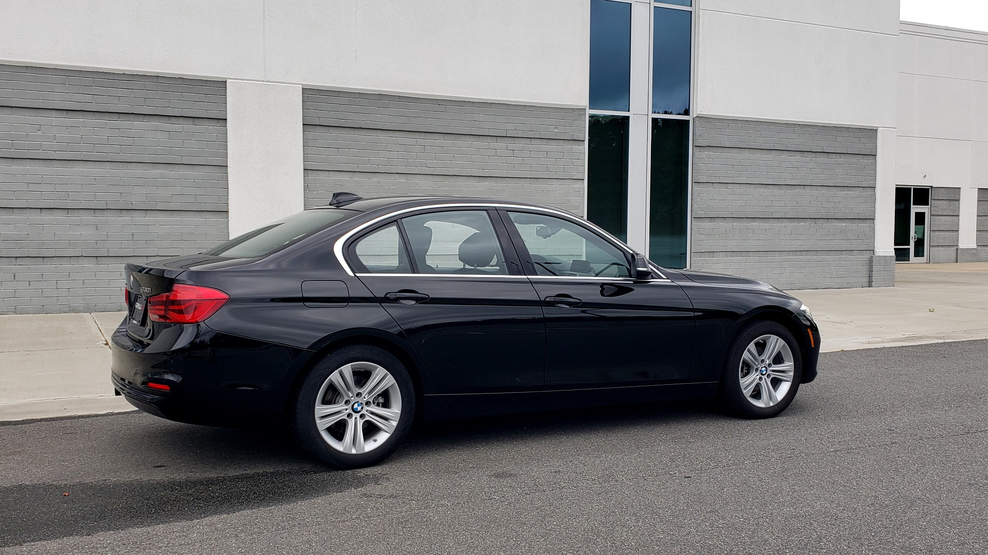Used 2018 BMW 3 SERIES 330IXDRIVE / CONV PKG / NAV / SUNROOF / HTD STS / REARVIEW for sale $26,552 at Formula Imports in Charlotte NC 28227 8
