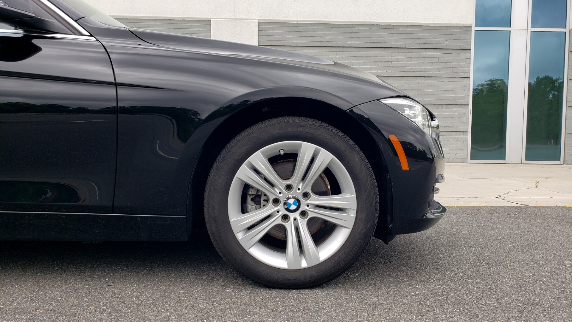 Used 2018 BMW 3 SERIES 330IXDRIVE / CONV PKG / NAV / SUNROOF / HTD STS / REARVIEW for sale $26,552 at Formula Imports in Charlotte NC 28227 80
