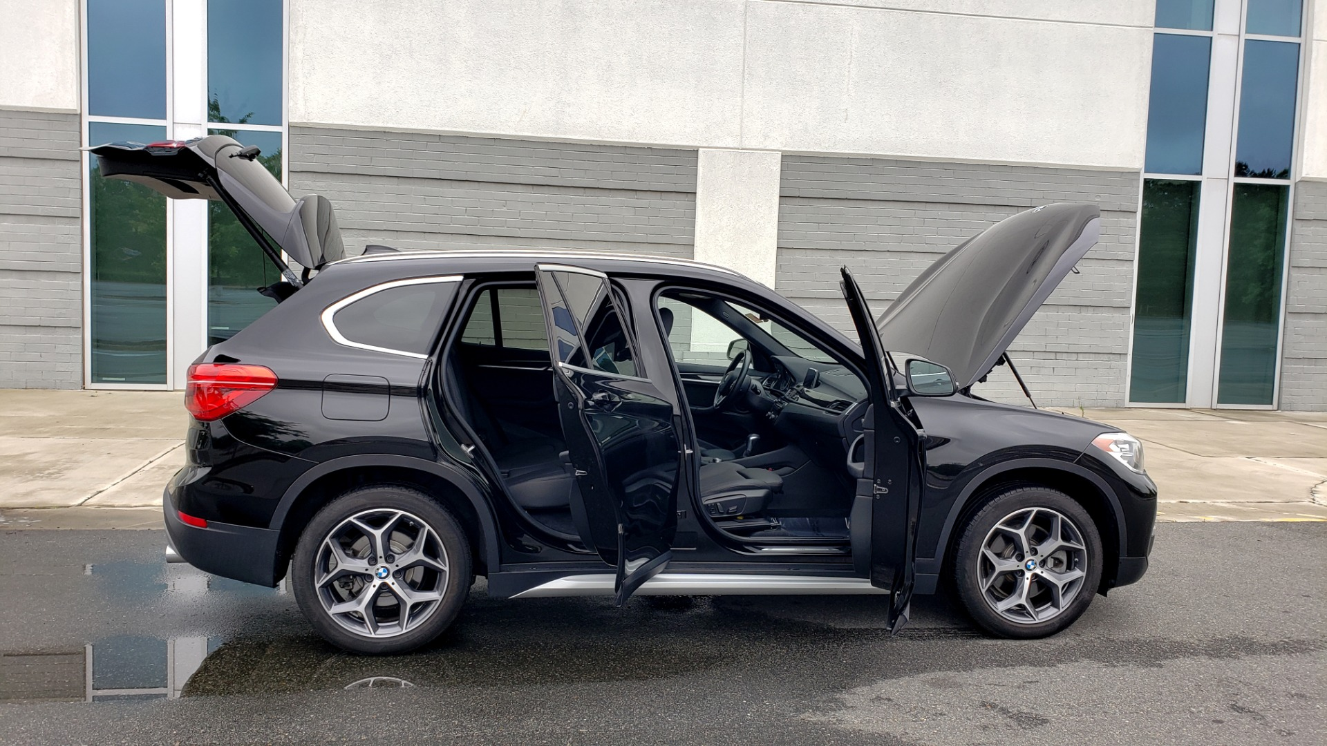 Used 2018 BMW X1 XDRIVE28I / CONV PKG / NAV / HTD STS / PANO-ROOF / REARVIEW for sale $30,995 at Formula Imports in Charlotte NC 28227 13