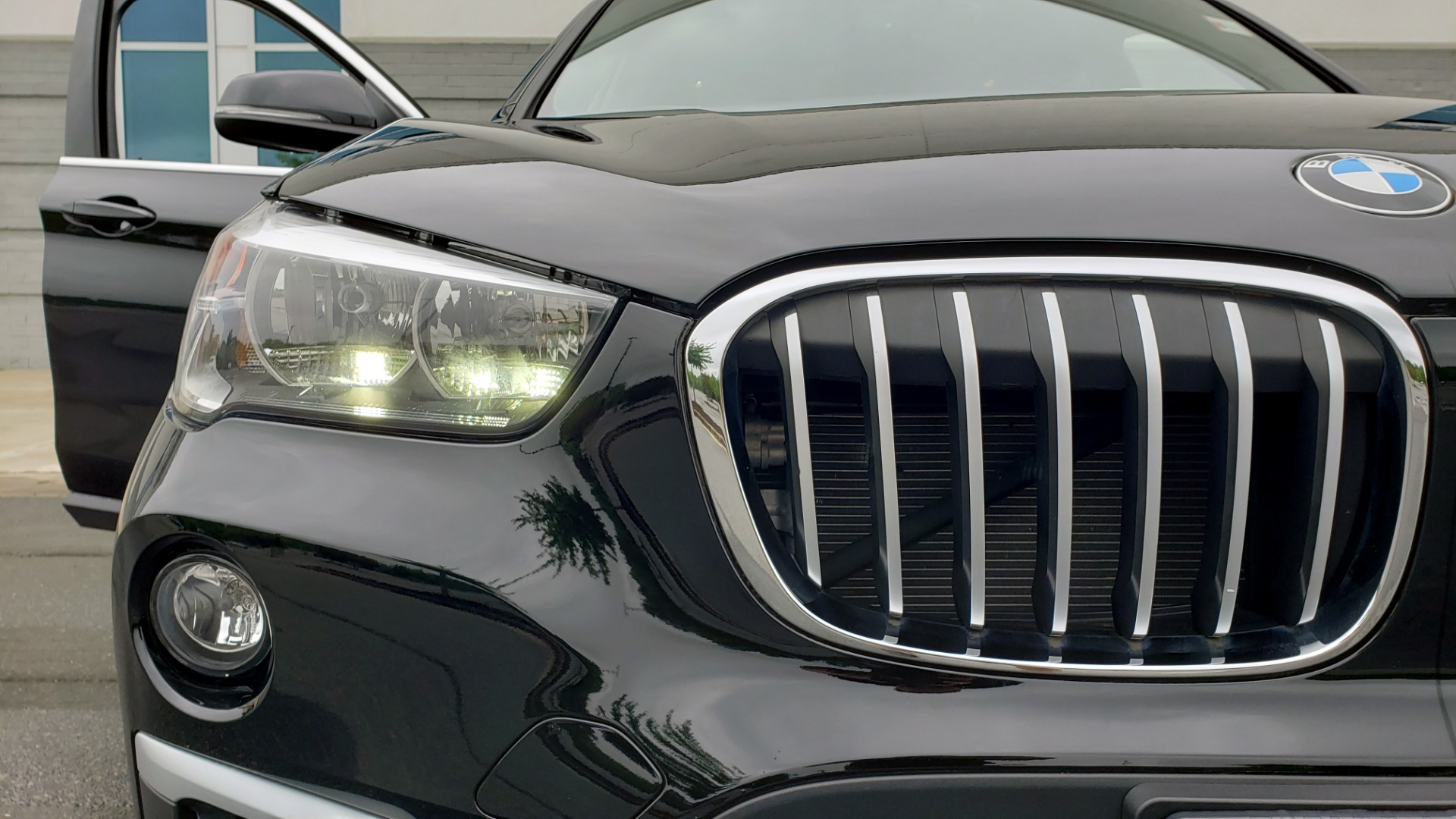 Used 2018 BMW X1 XDRIVE28I / CONV PKG / NAV / HTD STS / PANO-ROOF / REARVIEW for sale $30,995 at Formula Imports in Charlotte NC 28227 24