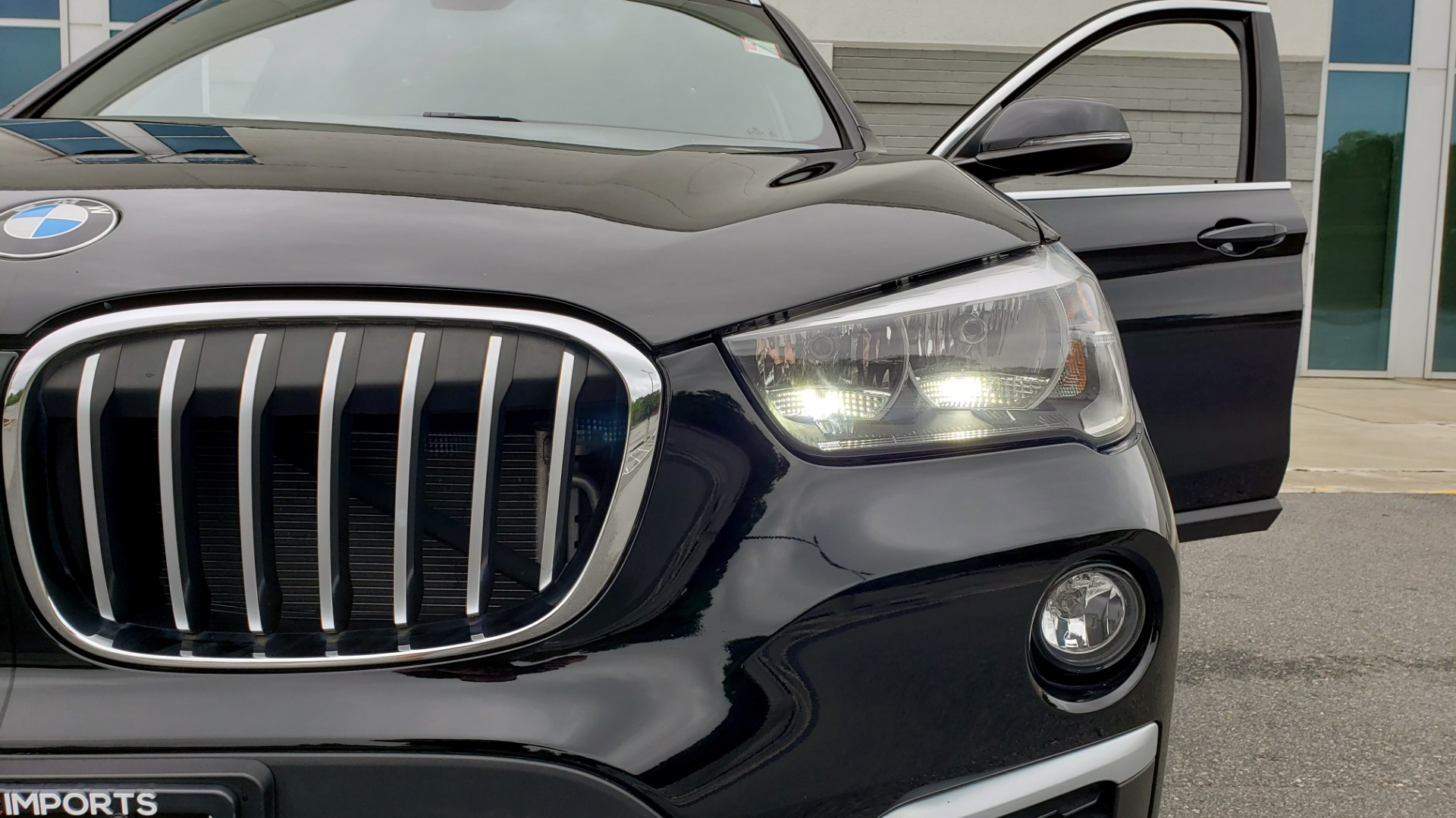 Used 2018 BMW X1 XDRIVE28I / CONV PKG / NAV / HTD STS / PANO-ROOF / REARVIEW for sale $30,995 at Formula Imports in Charlotte NC 28227 25