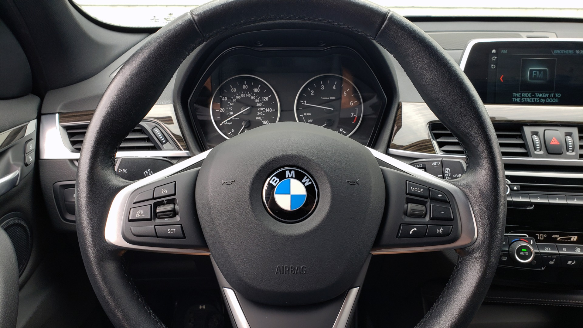 Used 2018 BMW X1 XDRIVE28I / CONV PKG / NAV / HTD STS / PANO-ROOF / REARVIEW for sale $30,995 at Formula Imports in Charlotte NC 28227 40