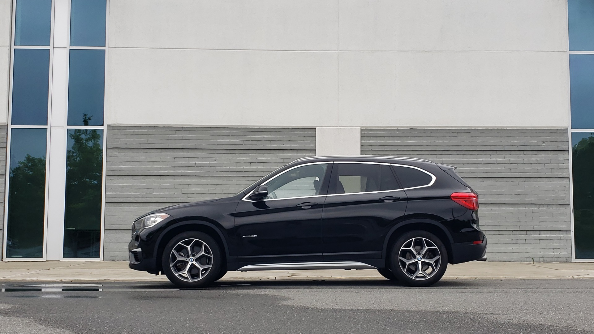 Used 2018 BMW X1 XDRIVE28I / CONV PKG / NAV / HTD STS / PANO-ROOF / REARVIEW for sale $30,995 at Formula Imports in Charlotte NC 28227 5