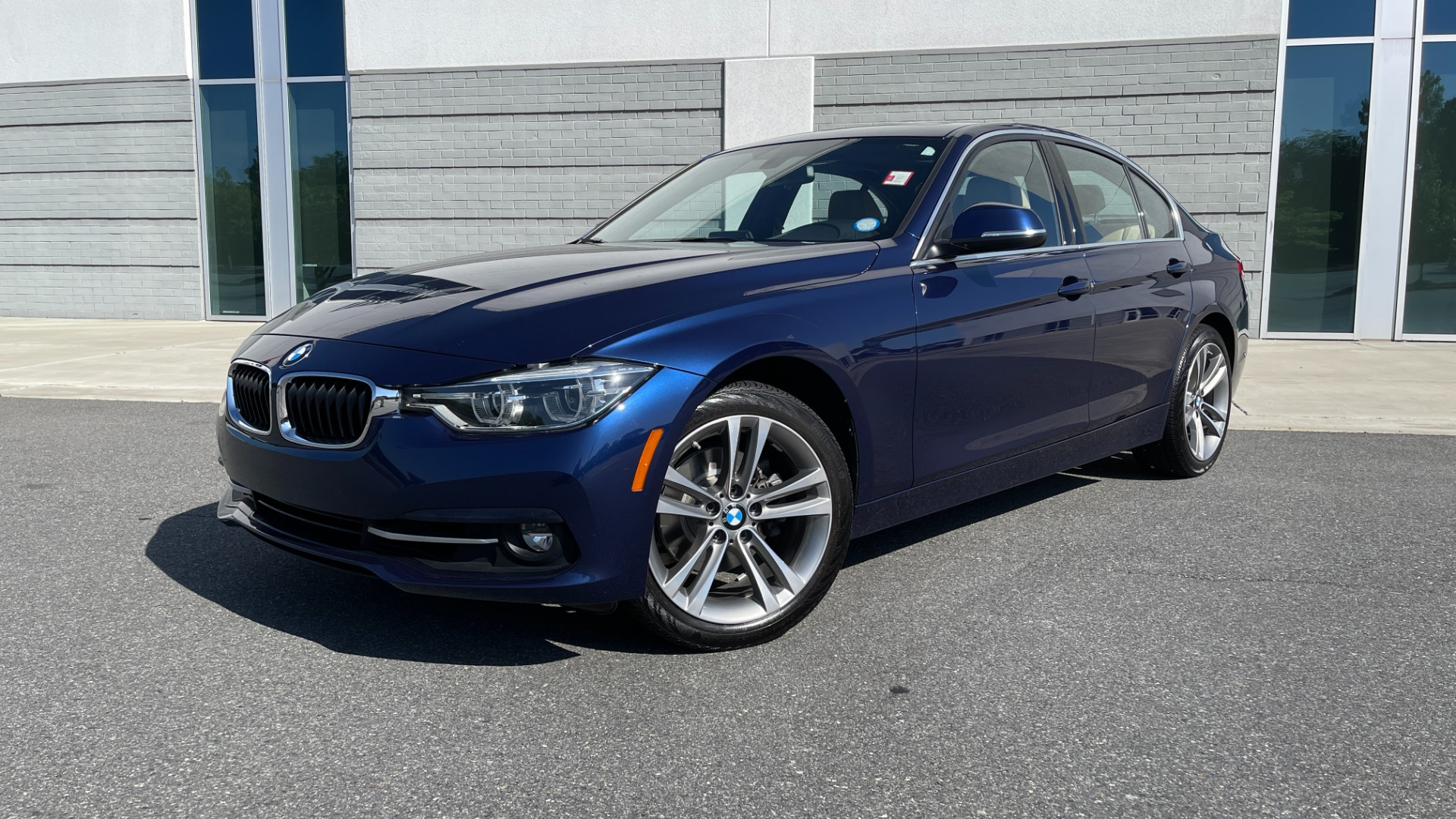 Used 2018 BMW 3 SERIES 330I XDRIVE / CONV PKG / SUNROOF / HTD STS / BLIND SPOT for sale $28,495 at Formula Imports in Charlotte NC 28227 1