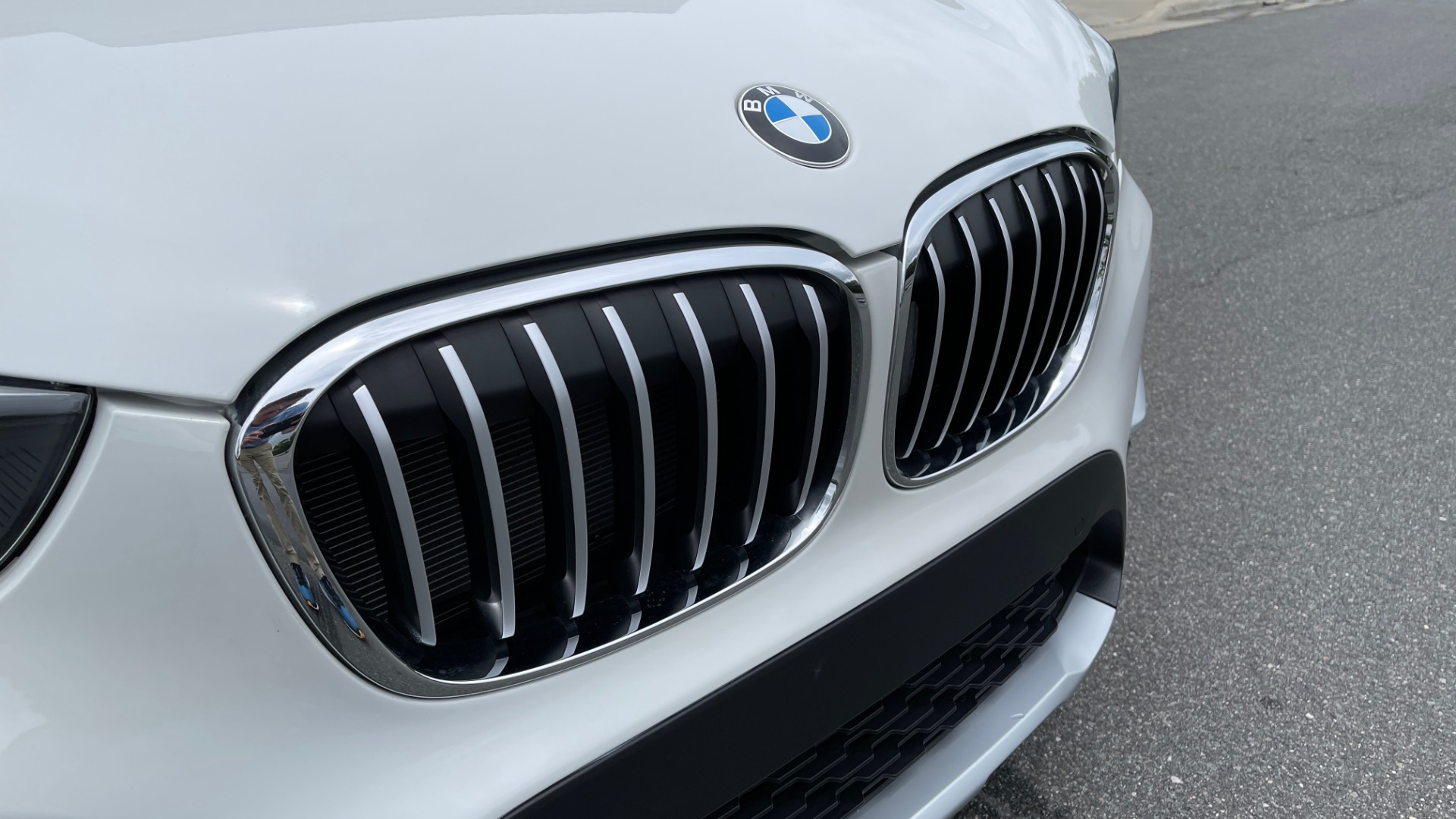 Used 2018 BMW X1 XDRIVE28I / CONV PKG / PANO-ROOF / HTD STS / PARK ASST / REARVIEW for sale $30,995 at Formula Imports in Charlotte NC 28227 18