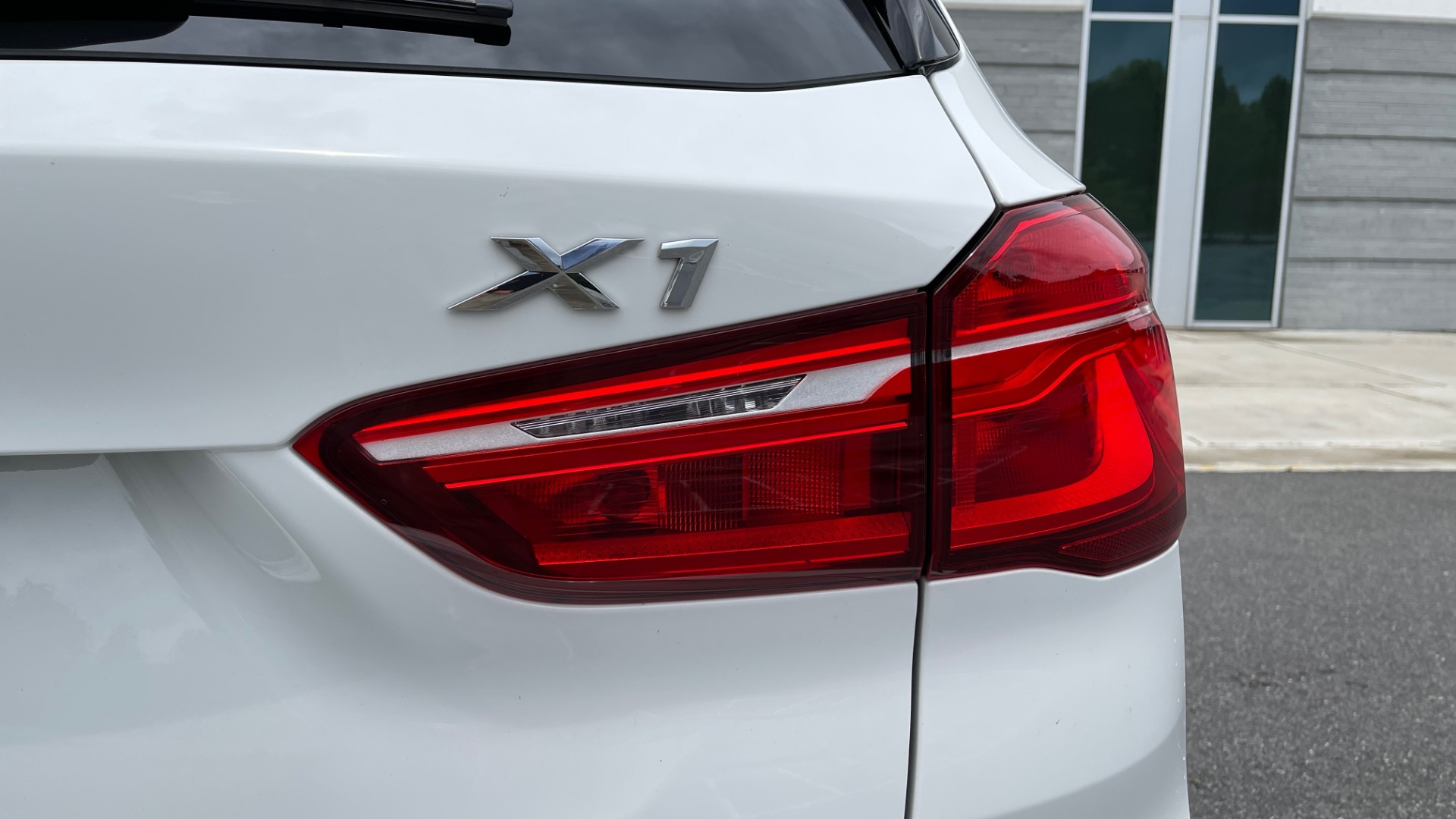 Used 2018 BMW X1 XDRIVE28I / CONV PKG / PANO-ROOF / HTD STS / PARK ASST / REARVIEW for sale $30,995 at Formula Imports in Charlotte NC 28227 30