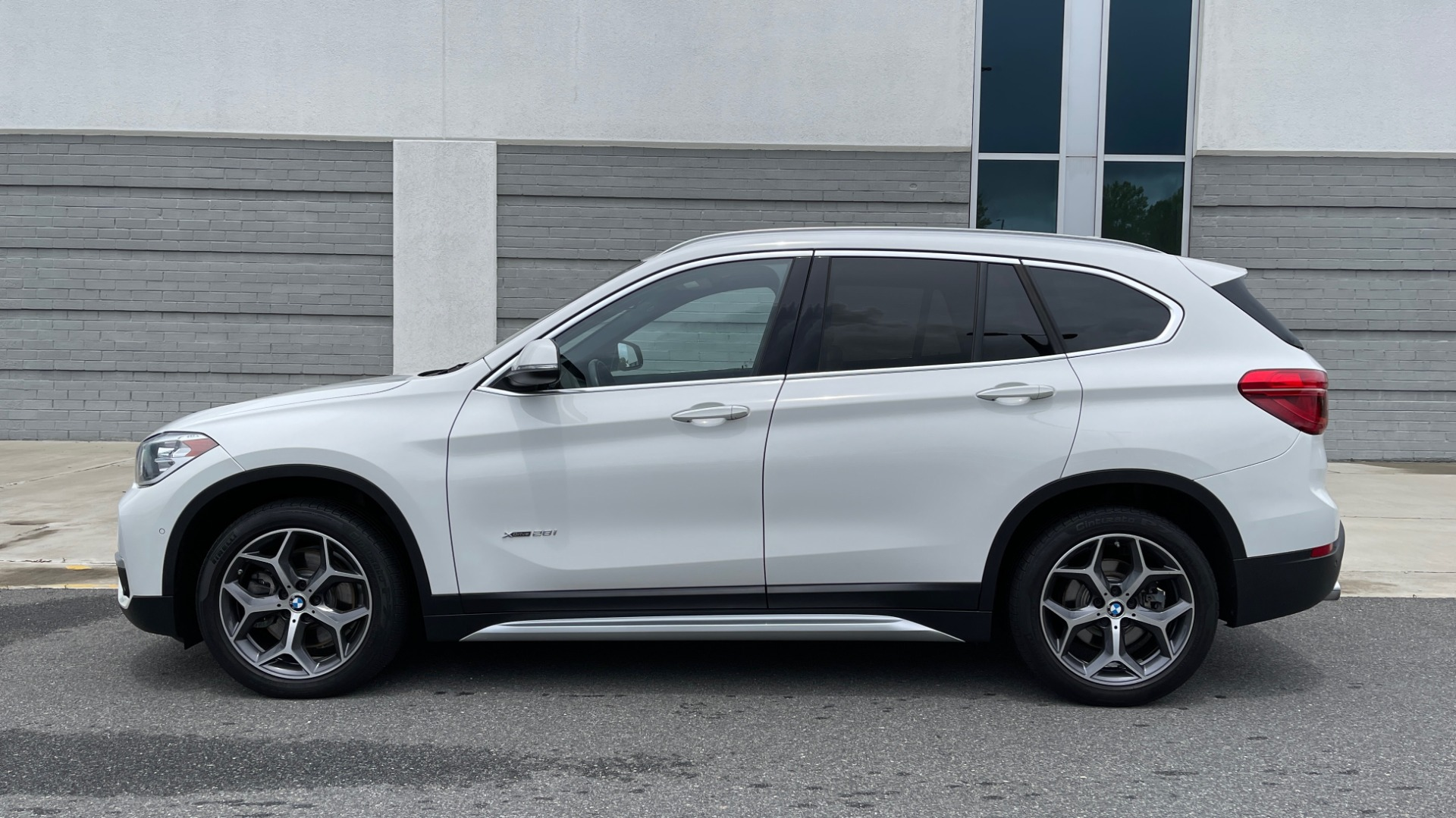 Used 2018 BMW X1 XDRIVE28I / CONV PKG / PANO-ROOF / HTD STS / PARK ASST / REARVIEW for sale $30,995 at Formula Imports in Charlotte NC 28227 4