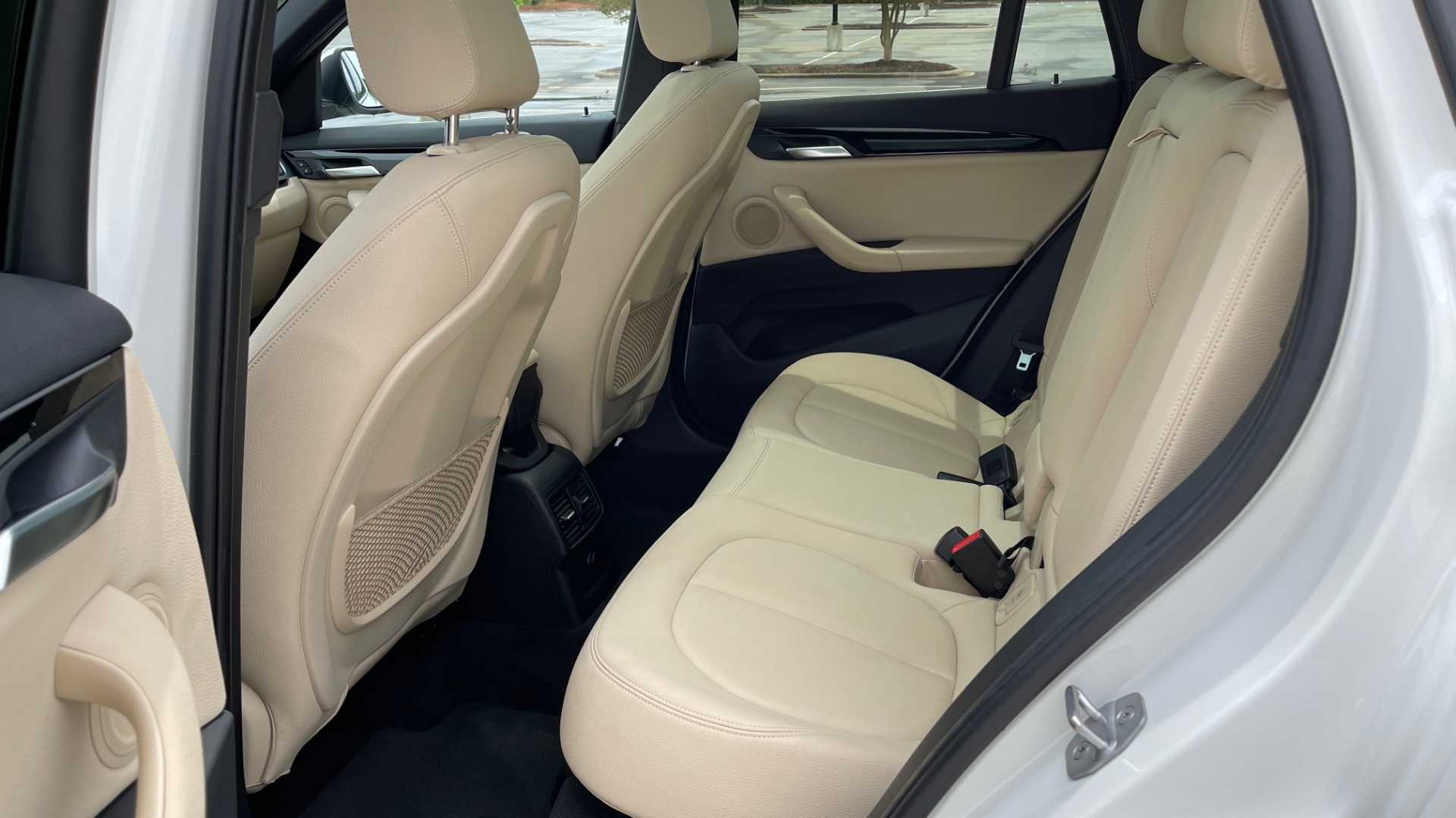 Used 2018 BMW X1 XDRIVE28I / CONV PKG / PANO-ROOF / HTD STS / PARK ASST / REARVIEW for sale $30,995 at Formula Imports in Charlotte NC 28227 69