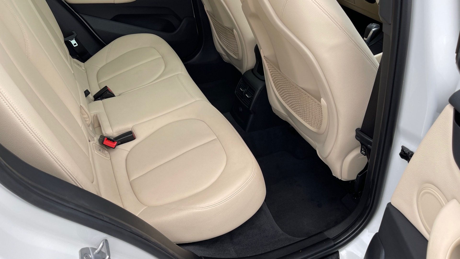 Used 2018 BMW X1 XDRIVE28I / CONV PKG / PANO-ROOF / HTD STS / PARK ASST / REARVIEW for sale $30,995 at Formula Imports in Charlotte NC 28227 77