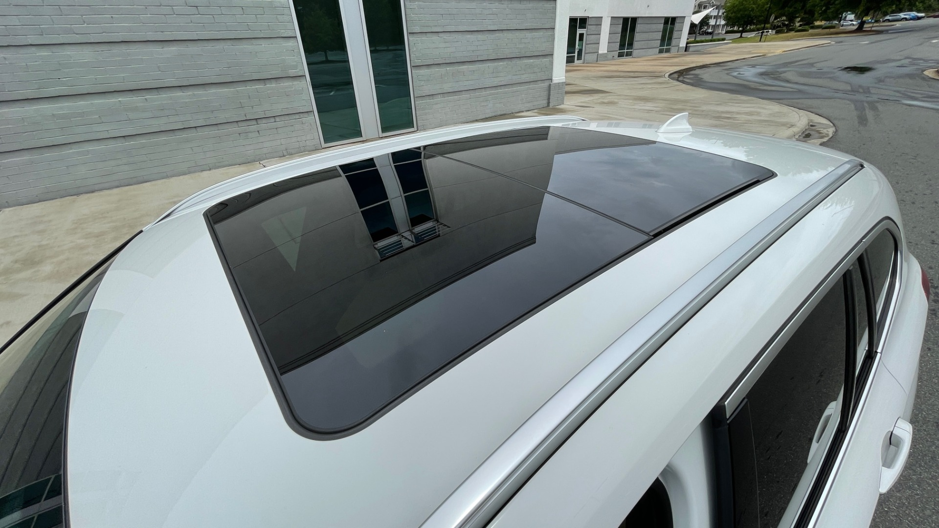 Used 2018 BMW X1 XDRIVE28I / CONV PKG / PANO-ROOF / HTD STS / PARK ASST / REARVIEW for sale $30,995 at Formula Imports in Charlotte NC 28227 8