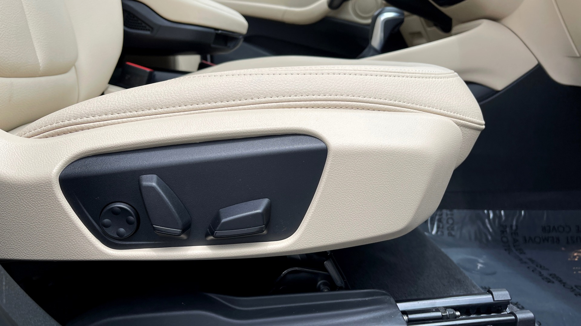 Used 2018 BMW X1 XDRIVE28I / CONV PKG / PANO-ROOF / HTD STS / PARK ASST / REARVIEW for sale $30,995 at Formula Imports in Charlotte NC 28227 81