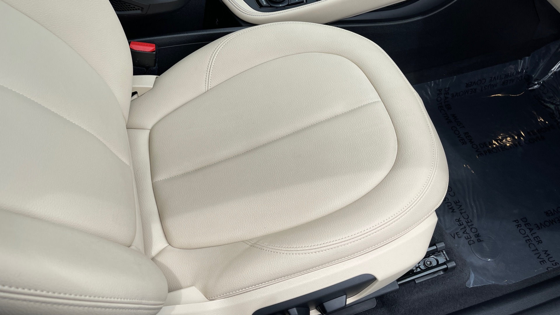 Used 2018 BMW X1 XDRIVE28I / CONV PKG / PANO-ROOF / HTD STS / PARK ASST / REARVIEW for sale $30,995 at Formula Imports in Charlotte NC 28227 84