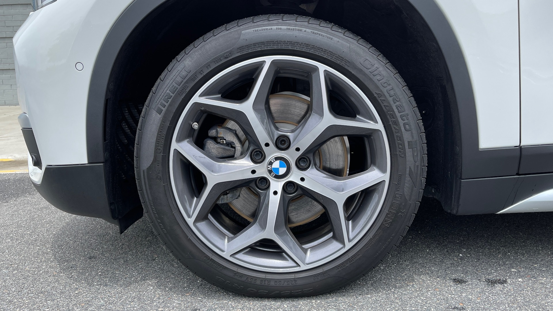 Used 2018 BMW X1 XDRIVE28I / CONV PKG / PANO-ROOF / HTD STS / PARK ASST / REARVIEW for sale $30,995 at Formula Imports in Charlotte NC 28227 86