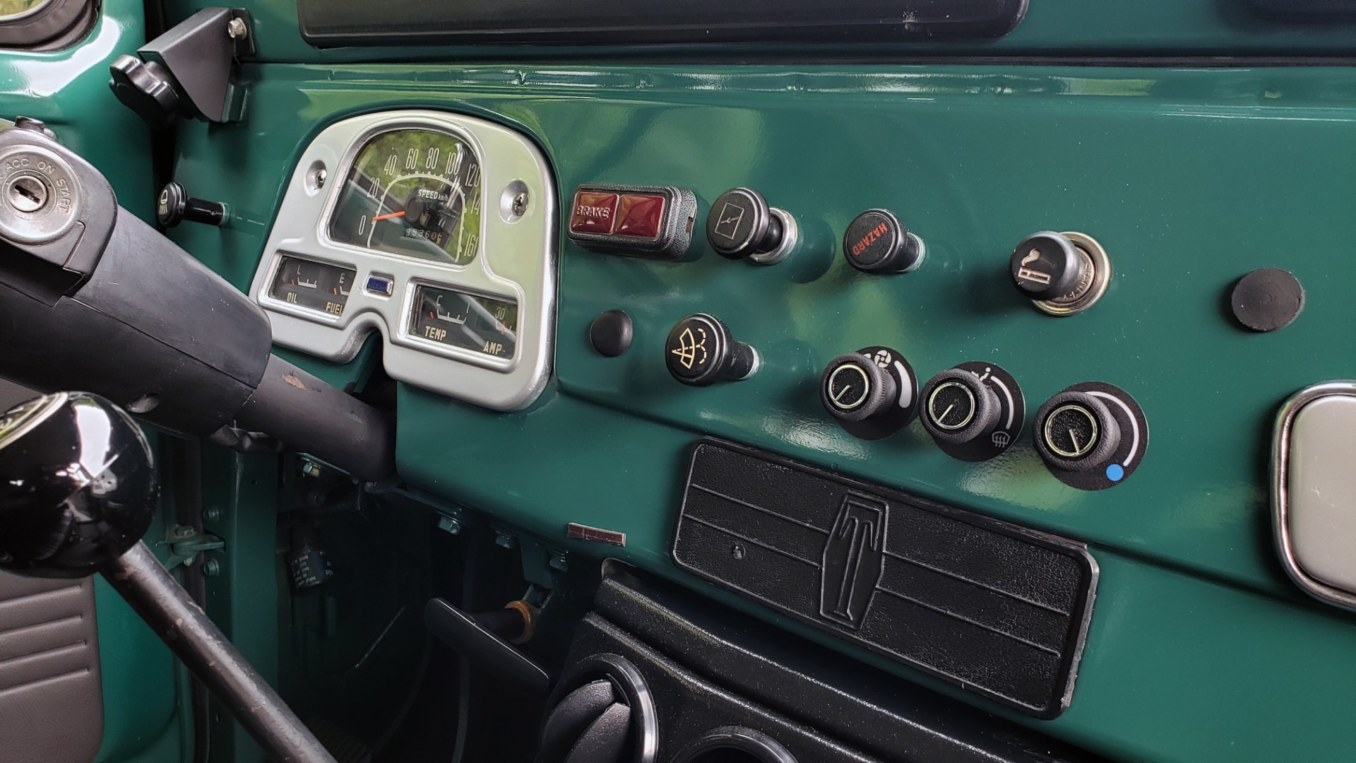 Used 1978 Toyota FJ40 LAND CRUISER 4x4 HARDTOP / RESTORED / 4-SPEED MAN / NEW AIR COND for sale Call for price at Formula Imports in Charlotte NC 28227 35