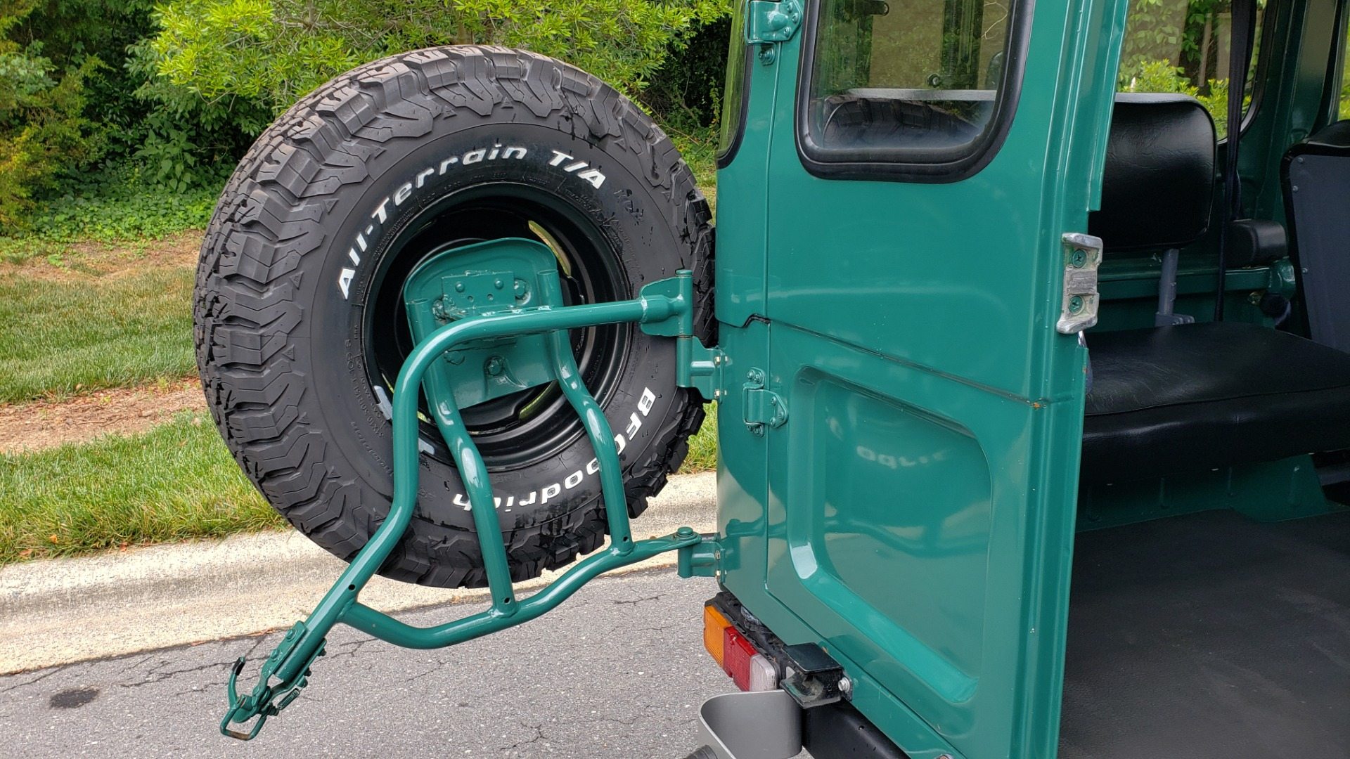 Used 1978 Toyota FJ40 LAND CRUISER 4x4 HARDTOP / RESTORED / 4-SPEED MAN / NEW AIR COND for sale Call for price at Formula Imports in Charlotte NC 28227 39