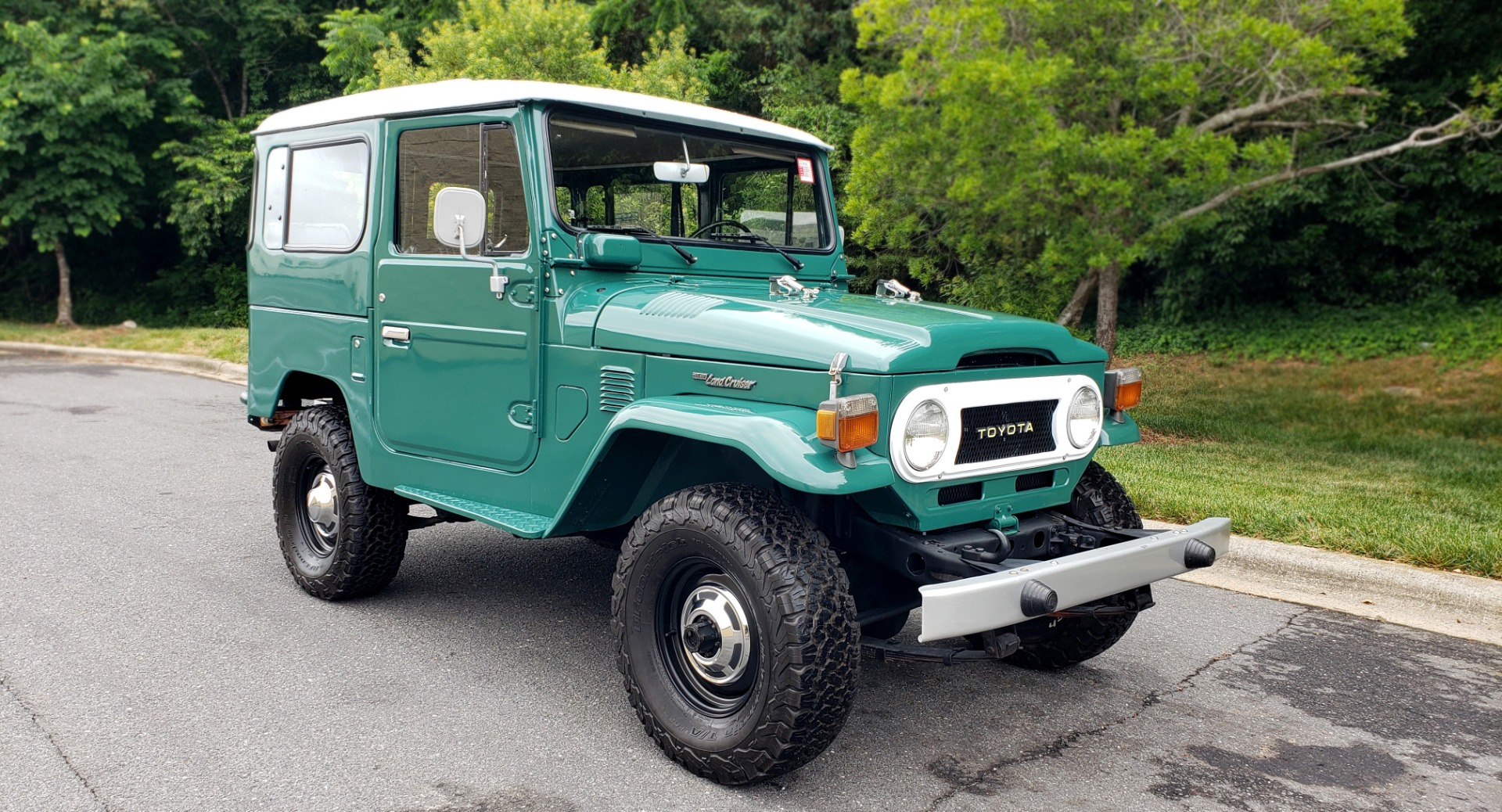Used 1978 Toyota FJ40 LAND CRUISER 4x4 HARDTOP / RESTORED / 4-SPEED MAN / NEW AIR COND for sale Call for price at Formula Imports in Charlotte NC 28227 7