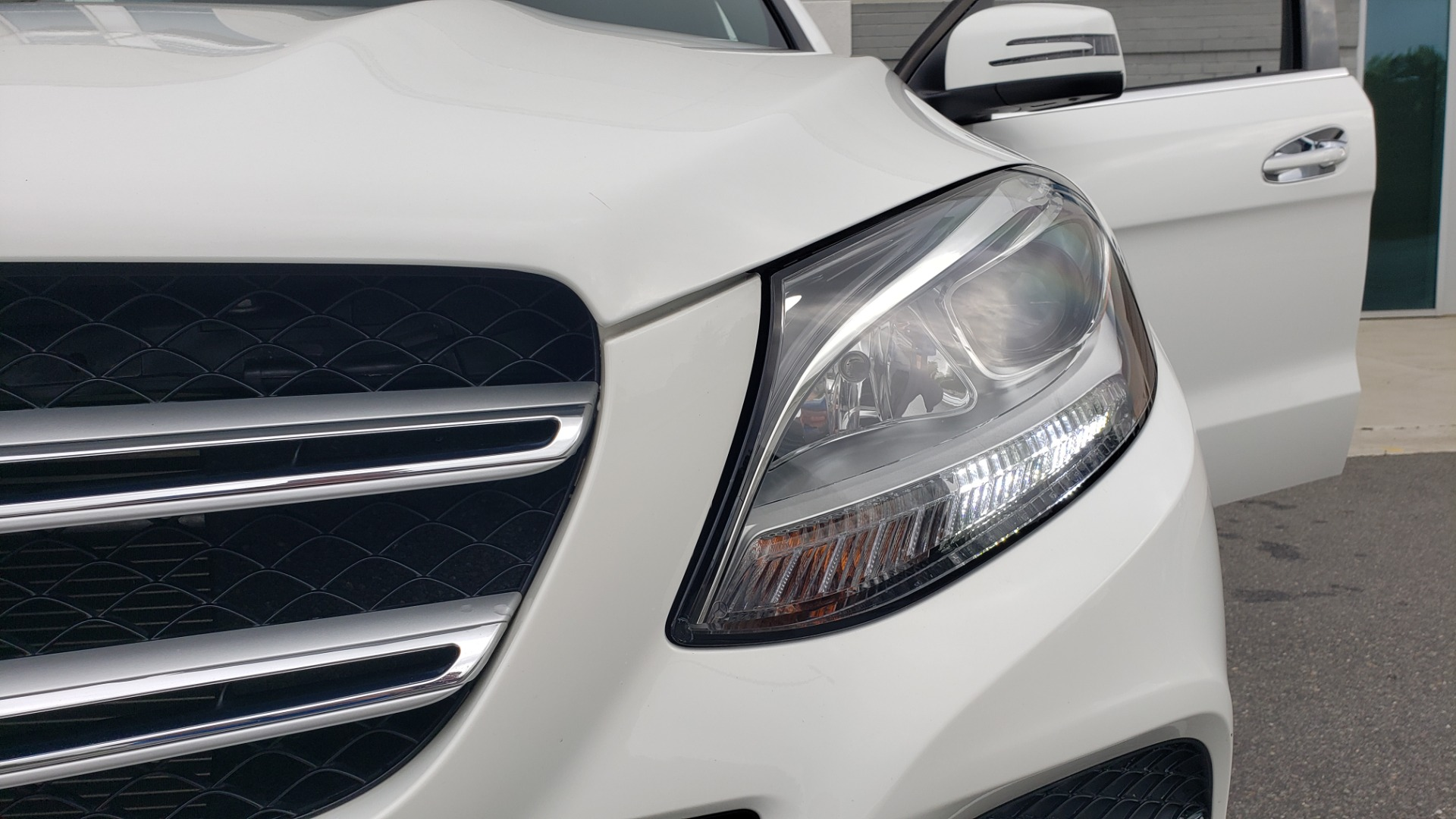 Used 2018 Mercedes-Benz GLE 350 4MATIC / PREM PKG / NAV / PARK ASST / K/H SND / HITCH / REARVIEW for sale $40,801 at Formula Imports in Charlotte NC 28227 25