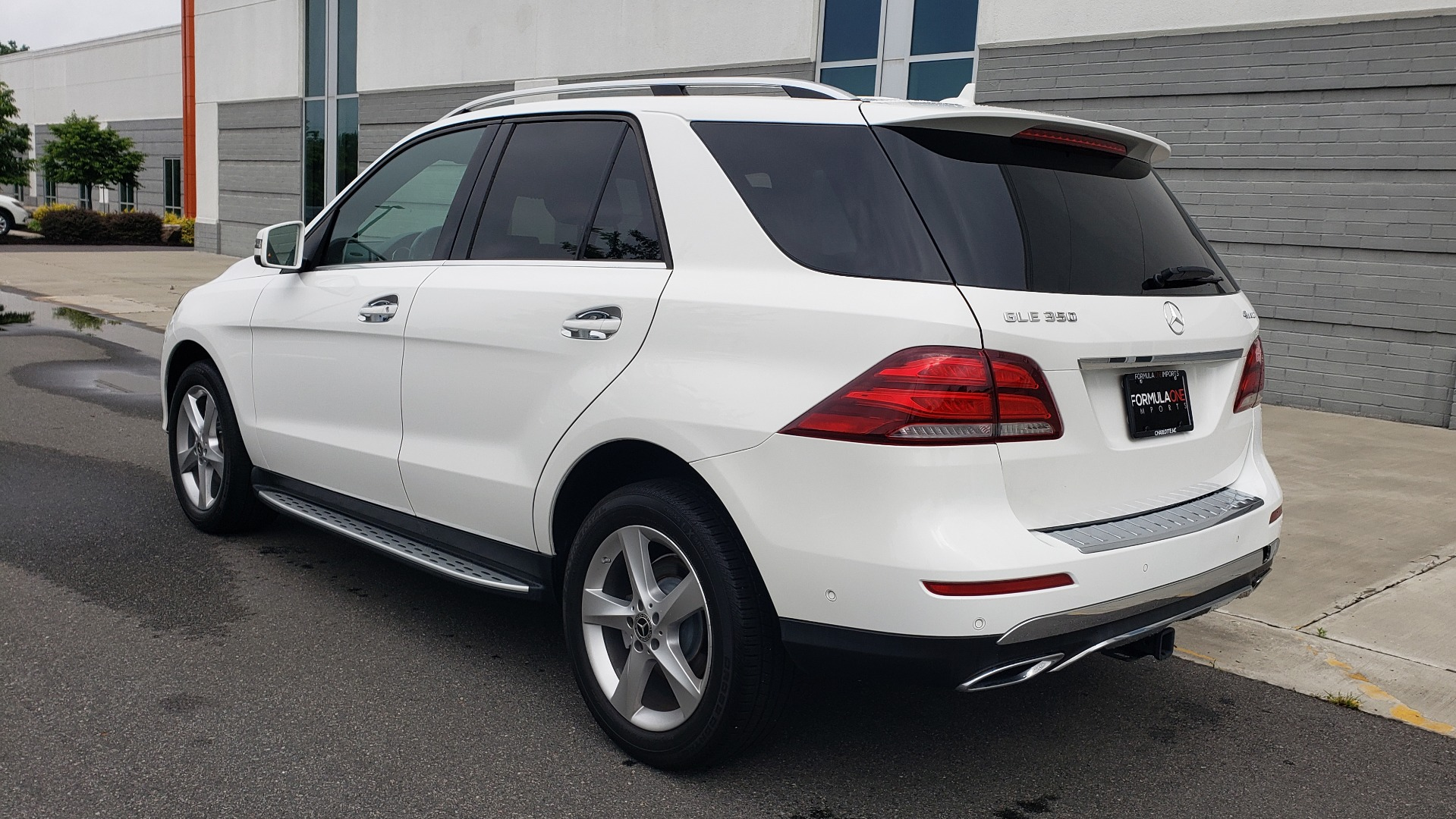 Used 2018 Mercedes-Benz GLE 350 4MATIC / PREM PKG / NAV / PARK ASST / K/H SND / HITCH / REARVIEW for sale $40,801 at Formula Imports in Charlotte NC 28227 6