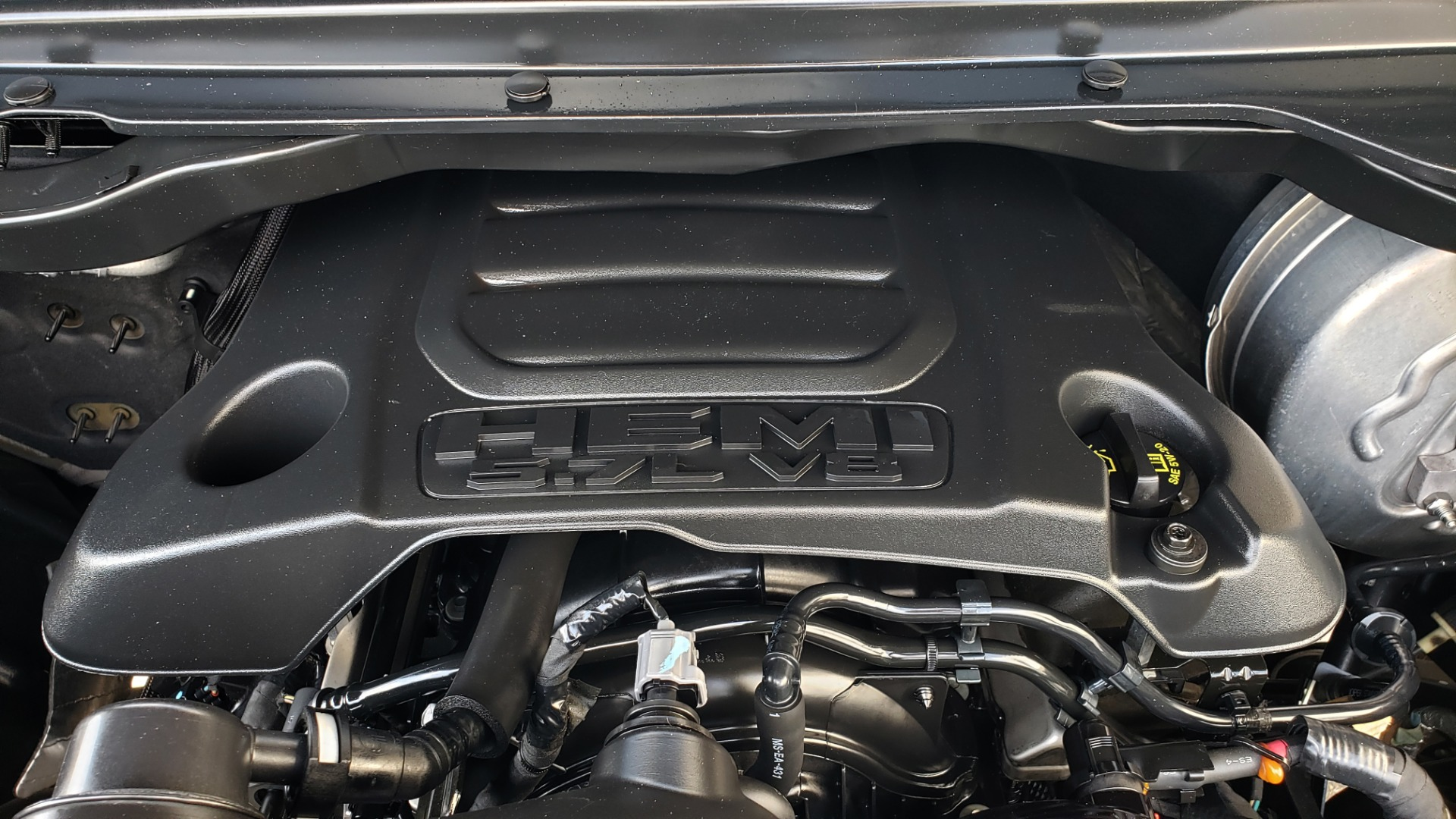 Used 2019 Ram 1500 LIMITED / NAV / PANO-ROOF / TOW PKG / H/K SND / REARVIEW for sale $46,995 at Formula Imports in Charlotte NC 28227 18