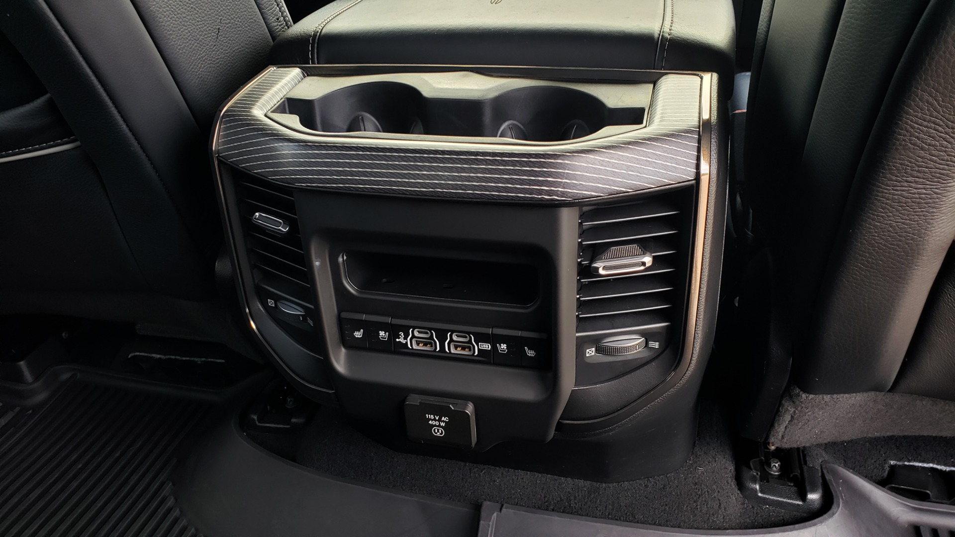 Used 2019 Ram 1500 LIMITED / NAV / PANO-ROOF / TOW PKG / H/K SND / REARVIEW for sale $46,995 at Formula Imports in Charlotte NC 28227 90