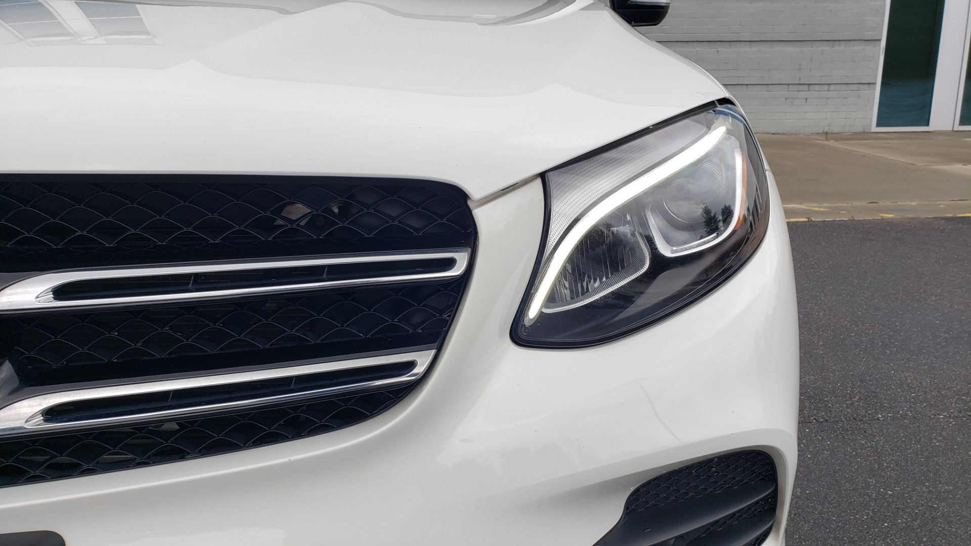Used 2018 Mercedes-Benz GLC 300 4MATIC PREMIUM / NAV / BURMESTER SND / PANO-ROOF / REARVIEW for sale $35,495 at Formula Imports in Charlotte NC 28227 22