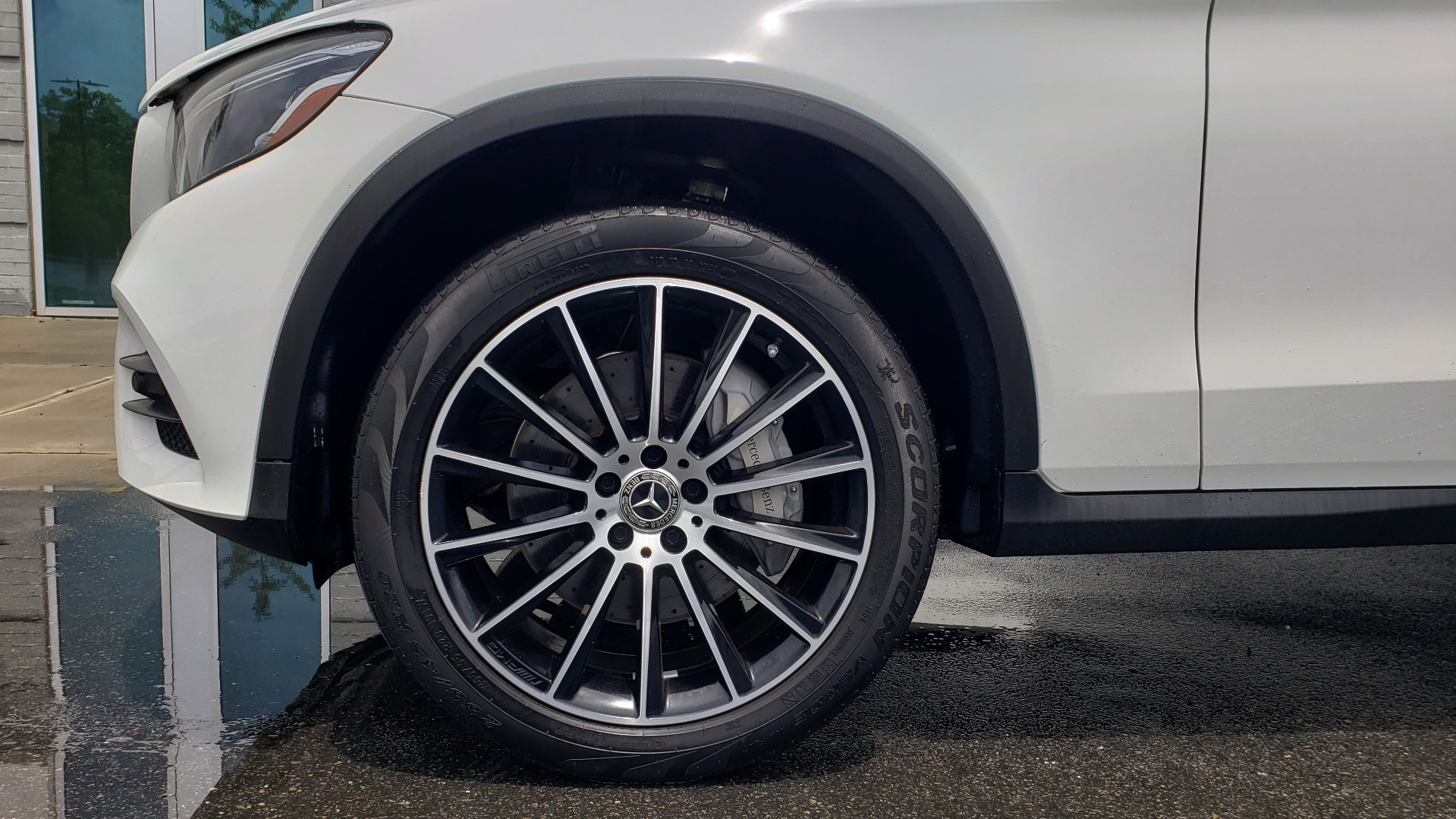 Used 2018 Mercedes-Benz GLC 300 4MATIC PREMIUM / NAV / BURMESTER SND / PANO-ROOF / REARVIEW for sale $35,495 at Formula Imports in Charlotte NC 28227 75