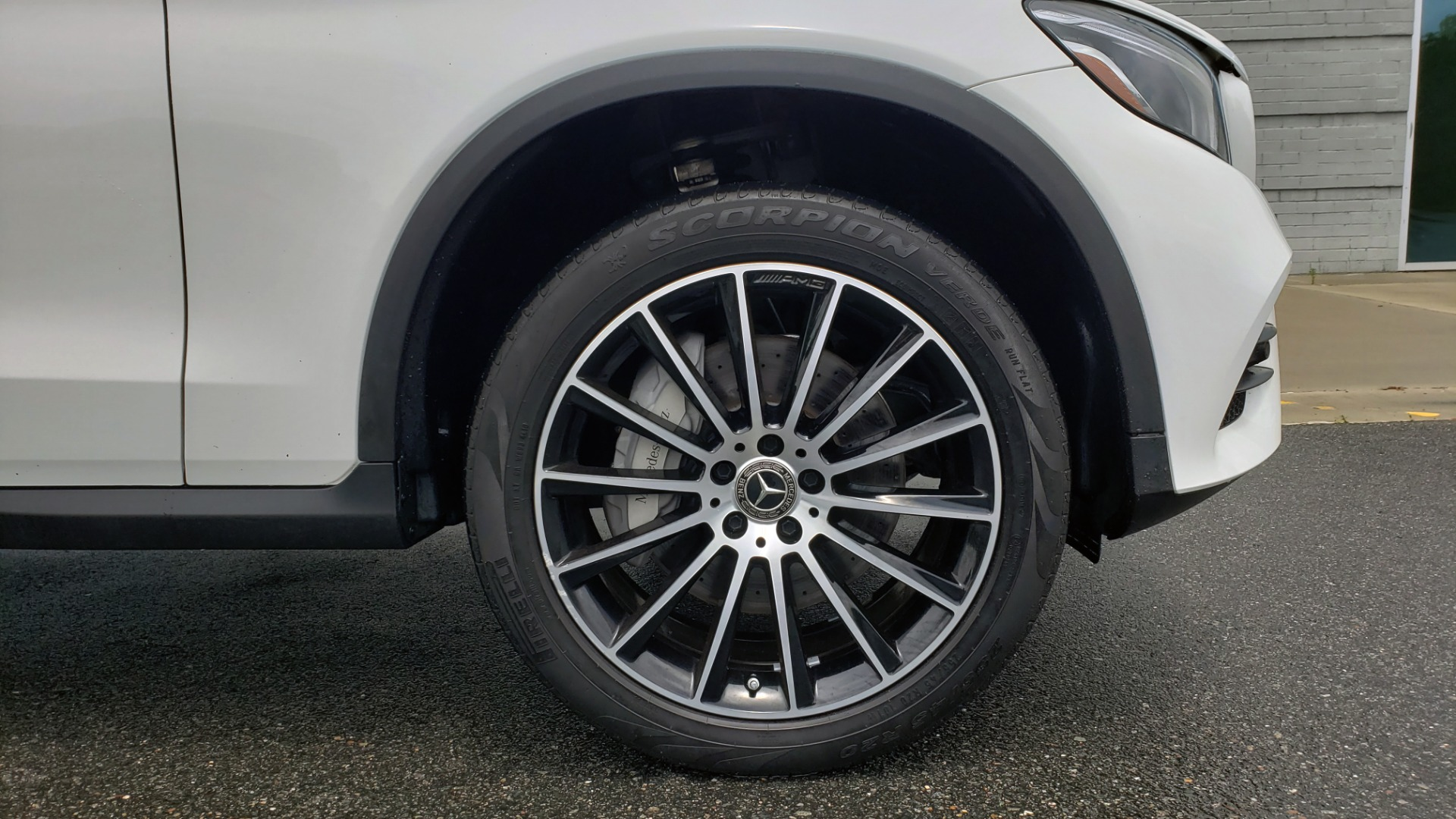 Used 2018 Mercedes-Benz GLC 300 4MATIC PREMIUM / NAV / BURMESTER SND / PANO-ROOF / REARVIEW for sale $35,495 at Formula Imports in Charlotte NC 28227 78