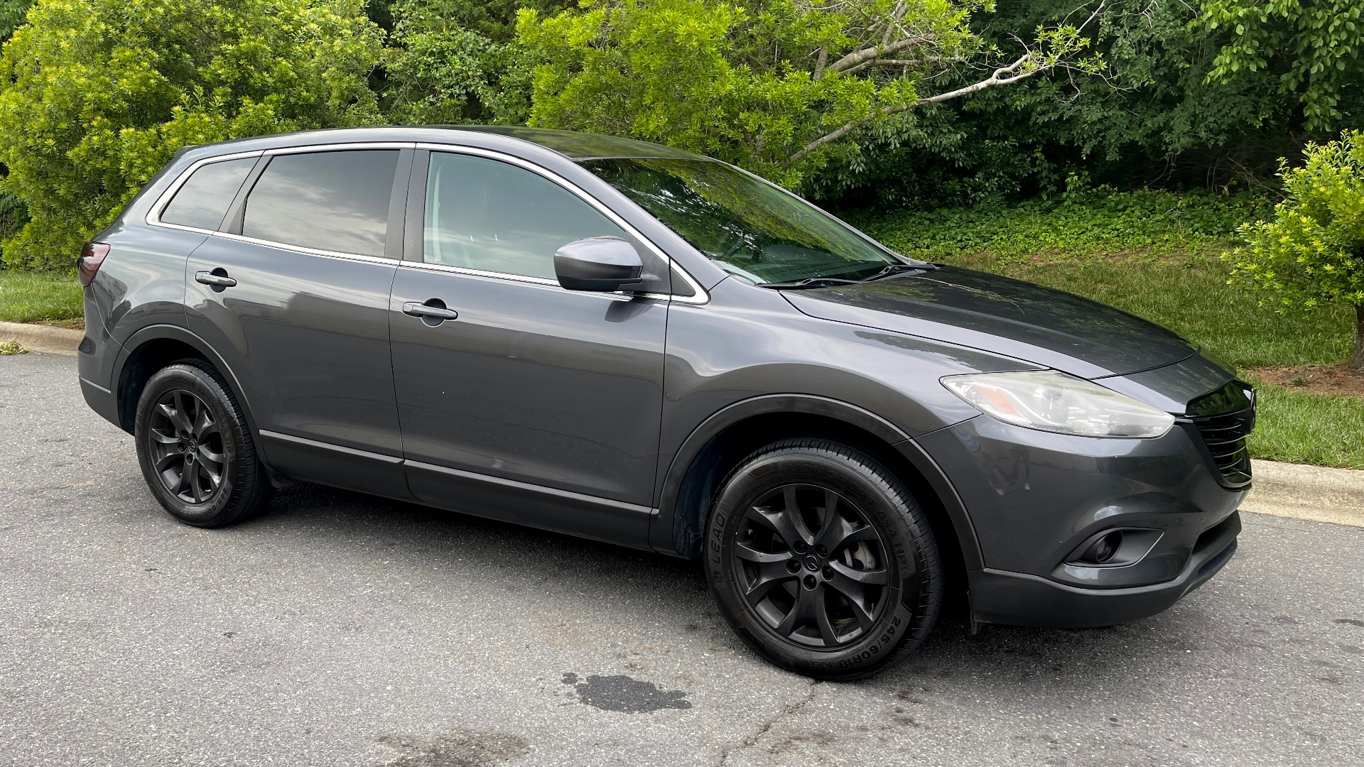 Used 2014 Mazda CX-9 TOURUNG / FWD / 3.7L V6 / 6-SPD AUTO / HTD STS / 3-ROW / REARVIEW for sale $14,995 at Formula Imports in Charlotte NC 28227 5