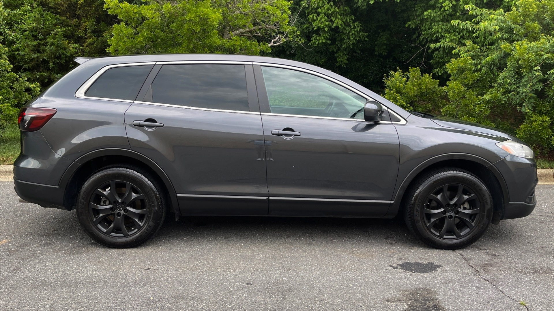 Used 2014 Mazda CX-9 TOURUNG / FWD / 3.7L V6 / 6-SPD AUTO / HTD STS / 3-ROW / REARVIEW for sale $14,995 at Formula Imports in Charlotte NC 28227 6