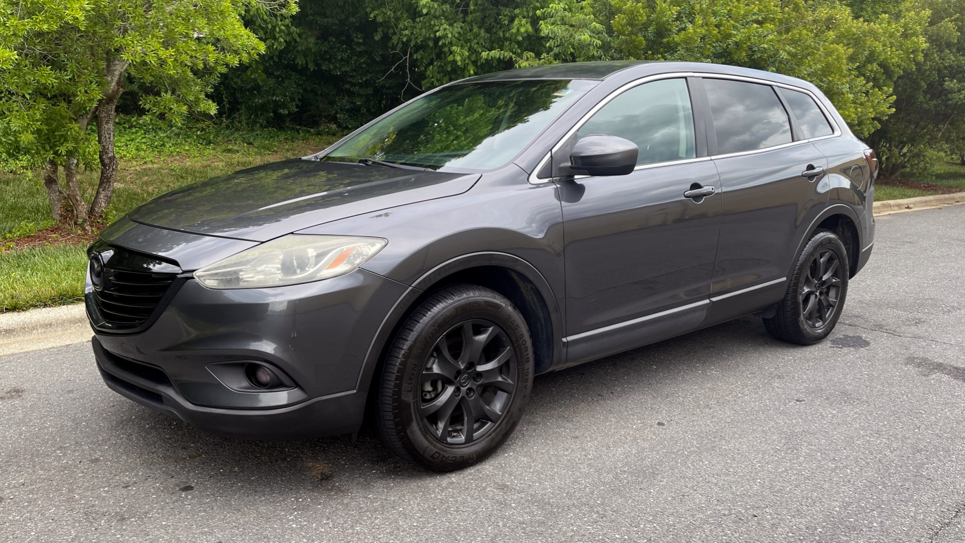 Used 2014 Mazda CX-9 TOURUNG / FWD / 3.7L V6 / 6-SPD AUTO / HTD STS / 3-ROW / REARVIEW for sale $14,995 at Formula Imports in Charlotte NC 28227 1