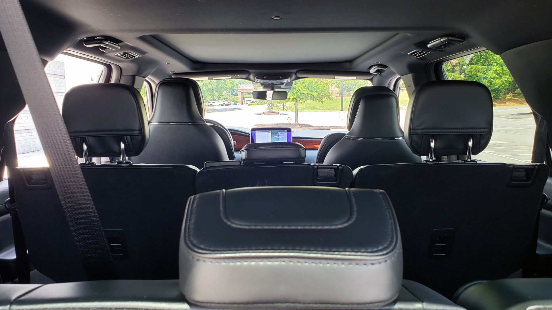 Used 2019 Lincoln NAVIGATOR RESERVE 4X4 / NAV / PANO-ROOF / REVEL ULTIMA AUDIO / 3-ROW / REARVIEW for sale $74,795 at Formula Imports in Charlotte NC 28227 22