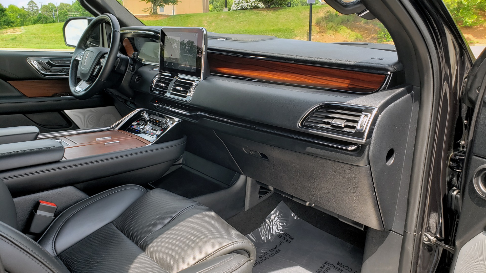 Used 2019 Lincoln NAVIGATOR RESERVE 4X4 / NAV / PANO-ROOF / REVEL ULTIMA AUDIO / 3-ROW / REARVIEW for sale $74,795 at Formula Imports in Charlotte NC 28227 78