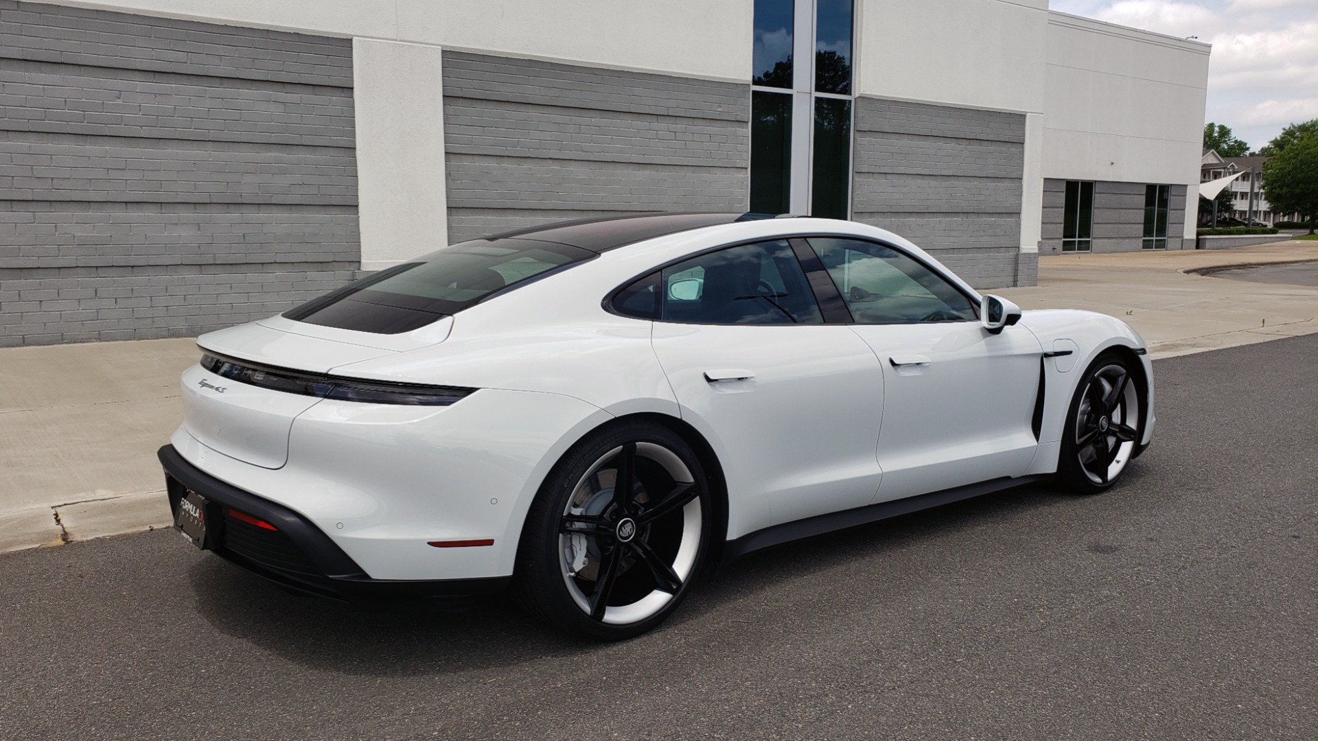 Used 2020 Porsche Taycan 4S for sale Call for price at Formula Imports in Charlotte NC 28227 10
