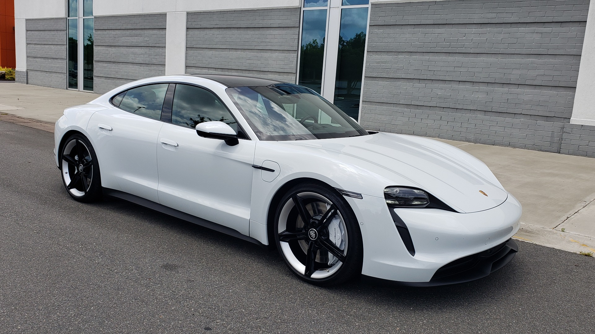 Used 2020 Porsche Taycan 4S for sale Call for price at Formula Imports in Charlotte NC 28227 12