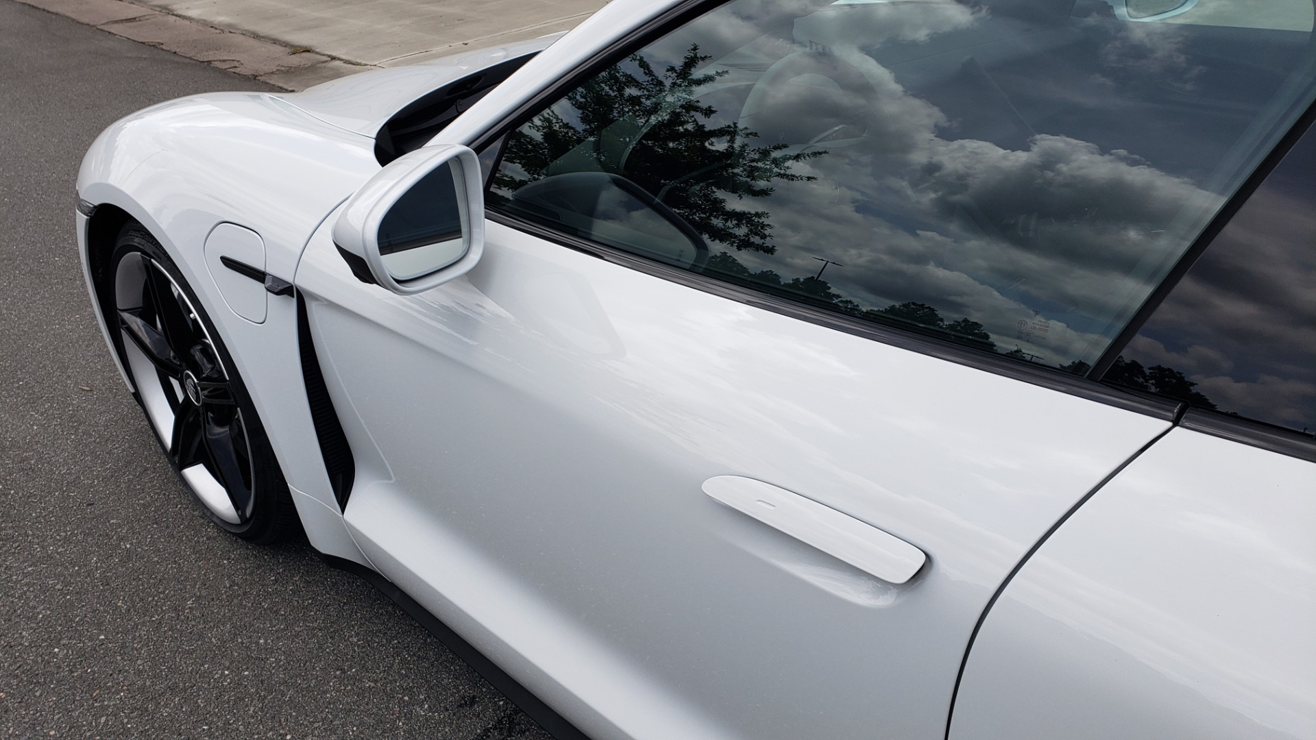 Used 2020 Porsche Taycan 4S for sale Call for price at Formula Imports in Charlotte NC 28227 15