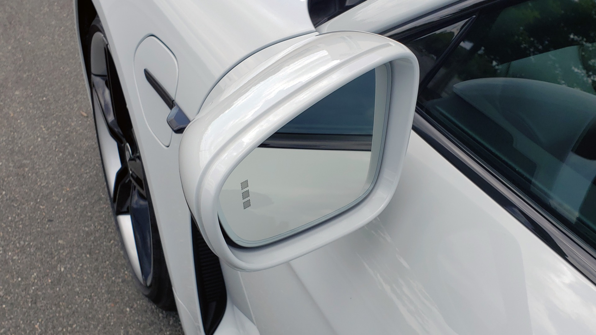 Used 2020 Porsche Taycan 4S for sale Call for price at Formula Imports in Charlotte NC 28227 17