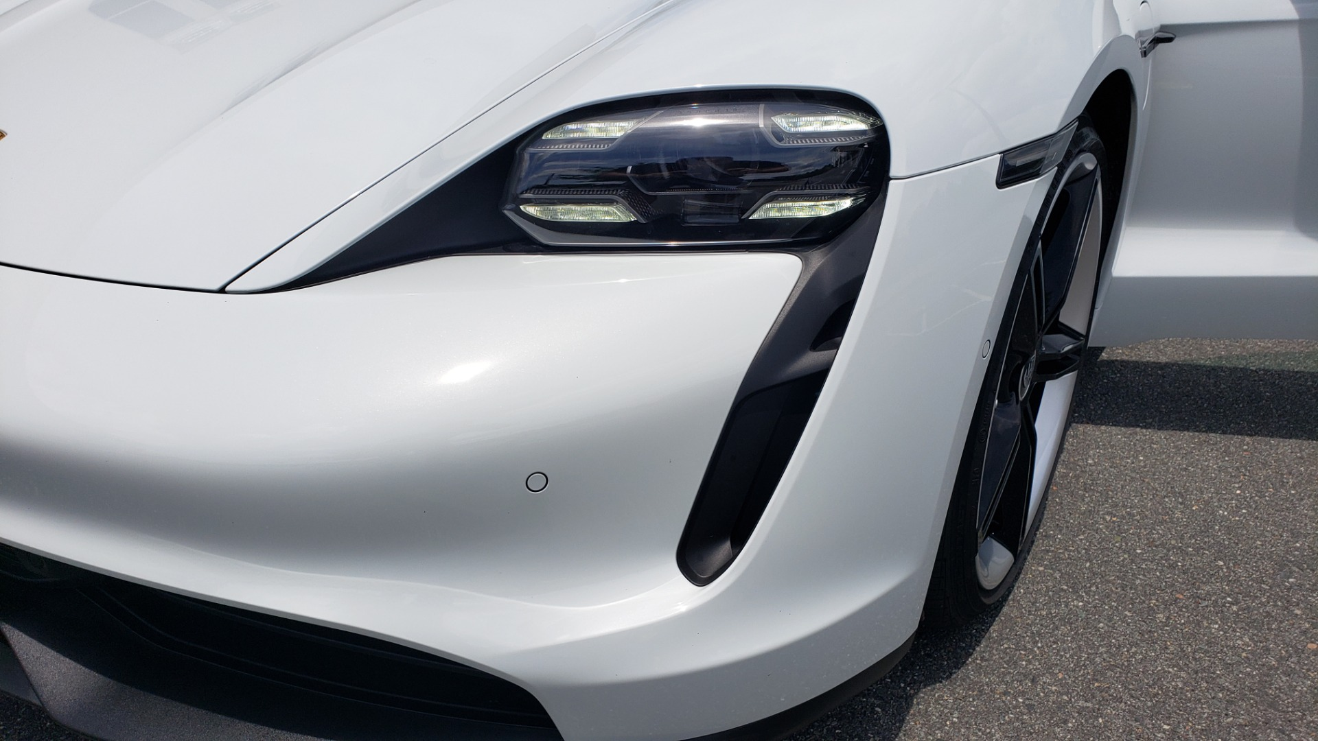 Used 2020 Porsche Taycan 4S for sale Call for price at Formula Imports in Charlotte NC 28227 40