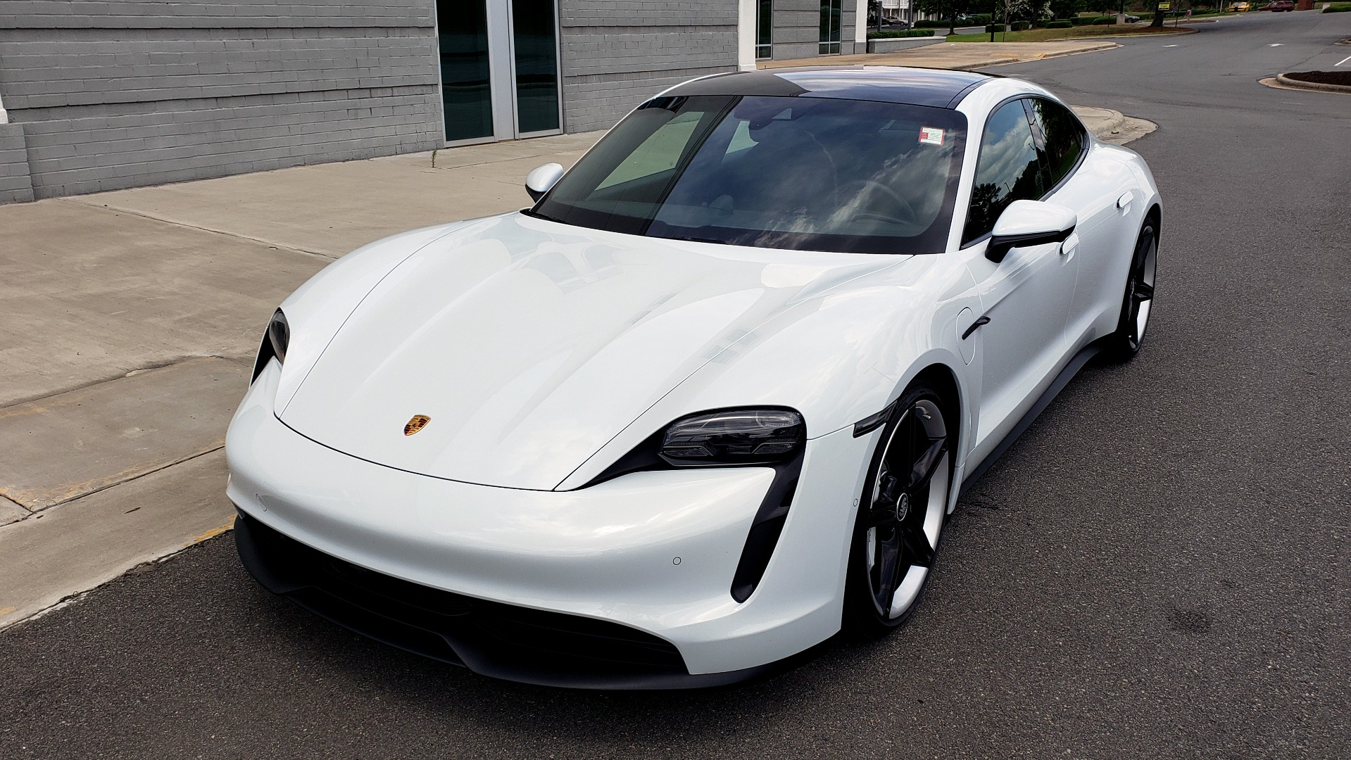Used 2020 Porsche Taycan 4S for sale Call for price at Formula Imports in Charlotte NC 28227 5